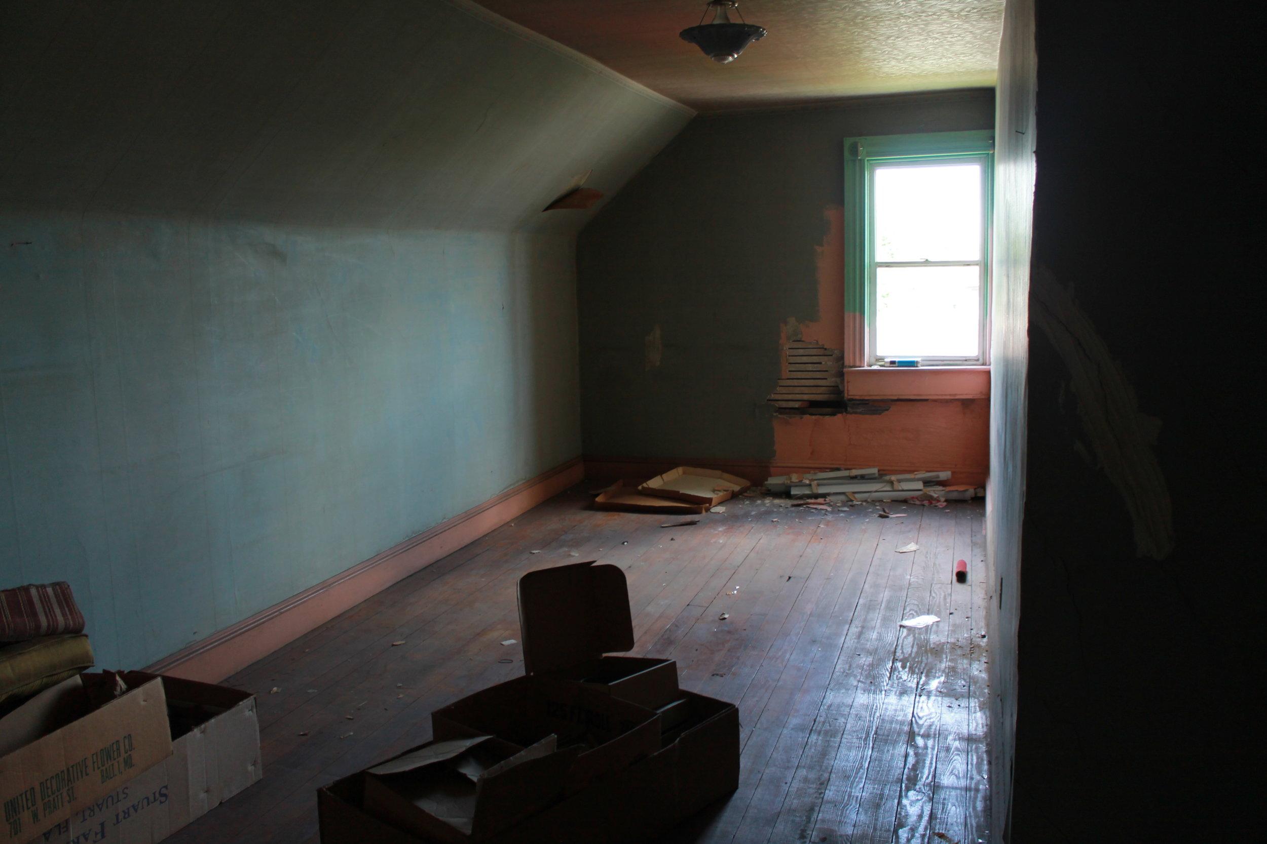Third Floor (bedroom 2).JPG