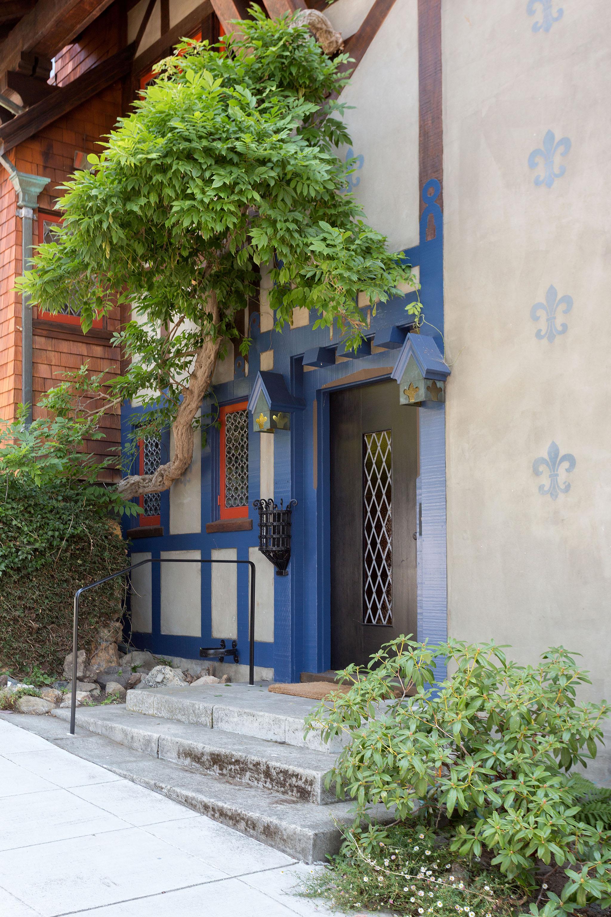45 Front door.jpg
