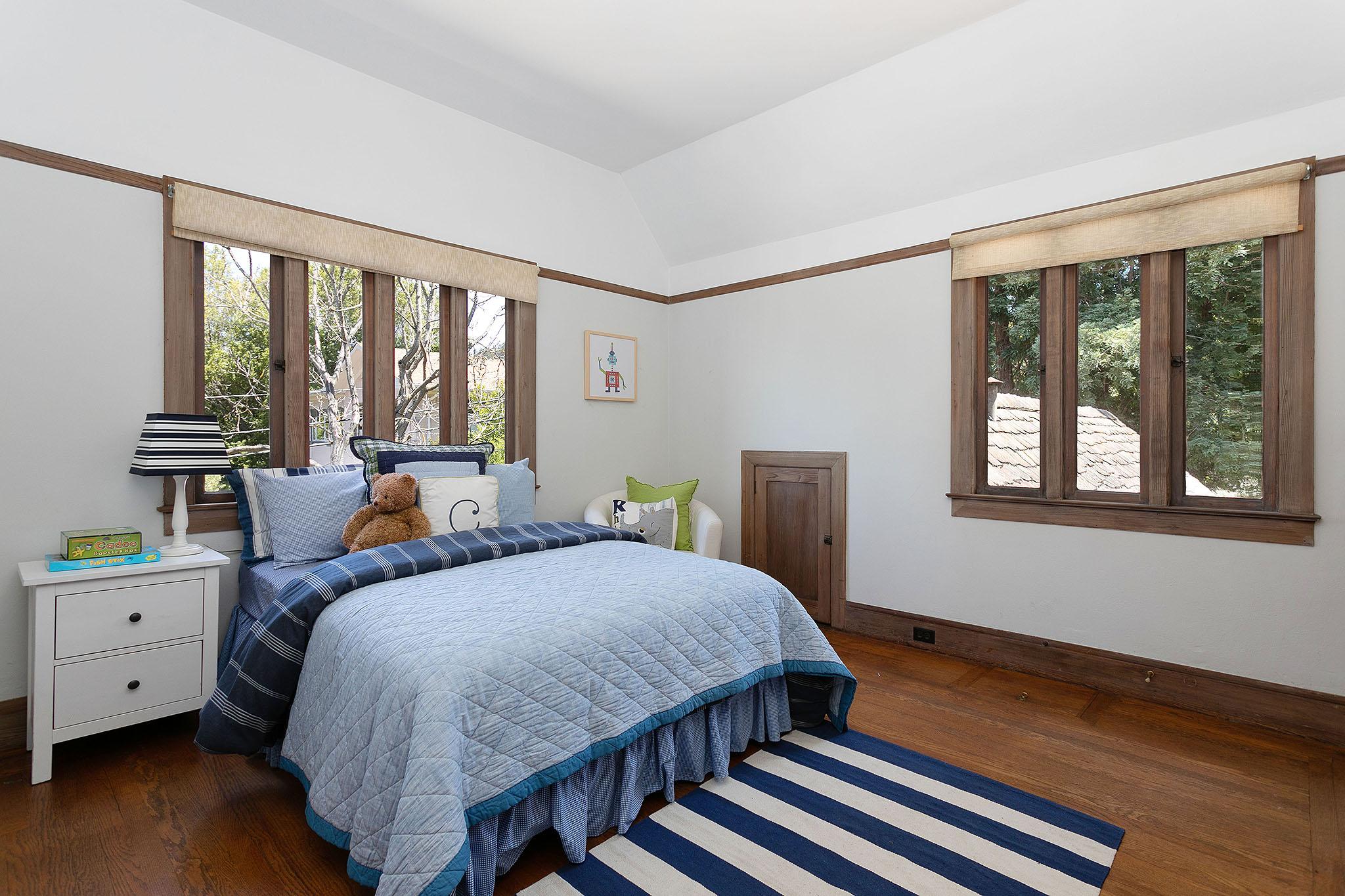c new bed2.jpg