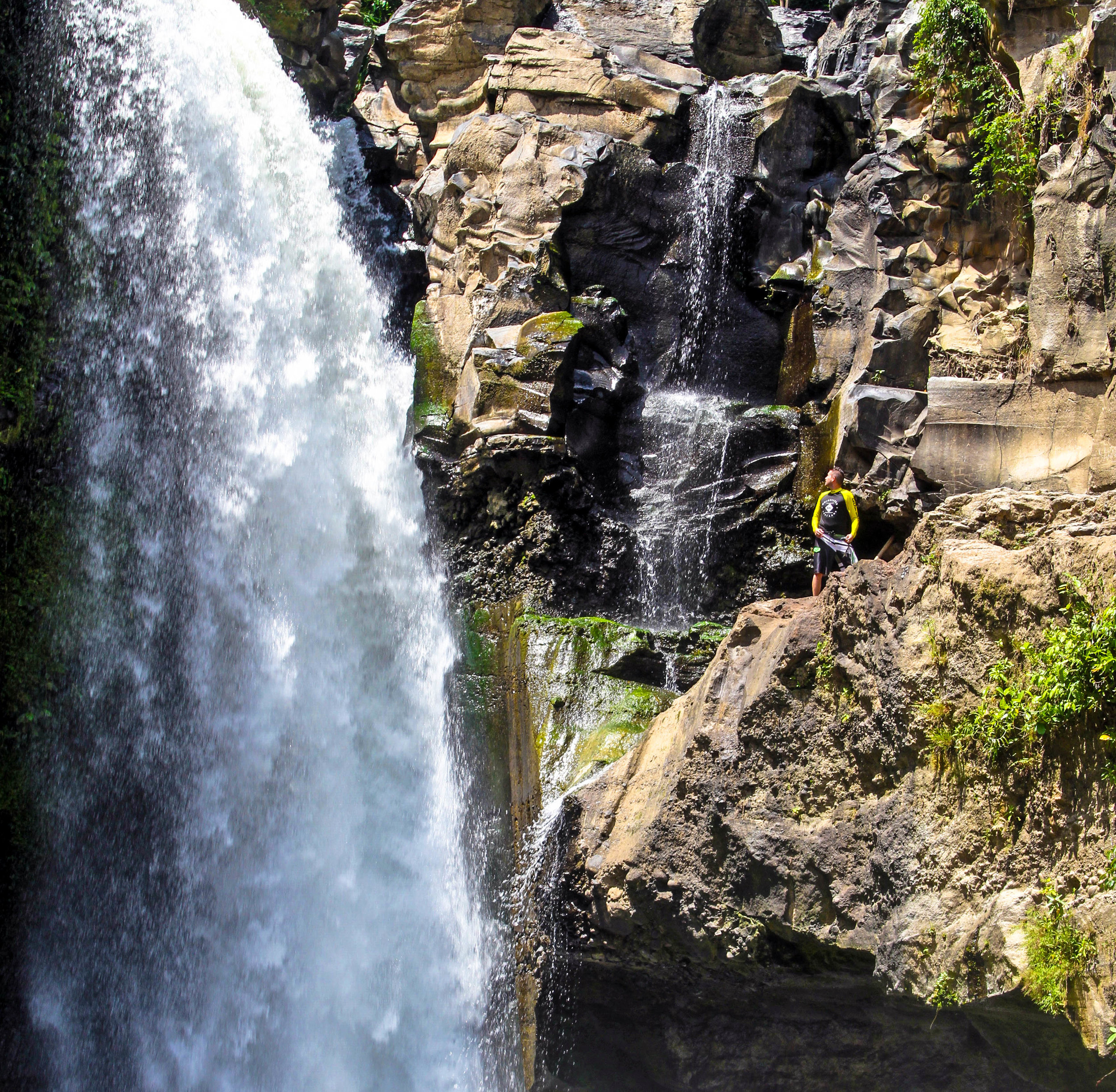AMAZING PLACES: BALI -