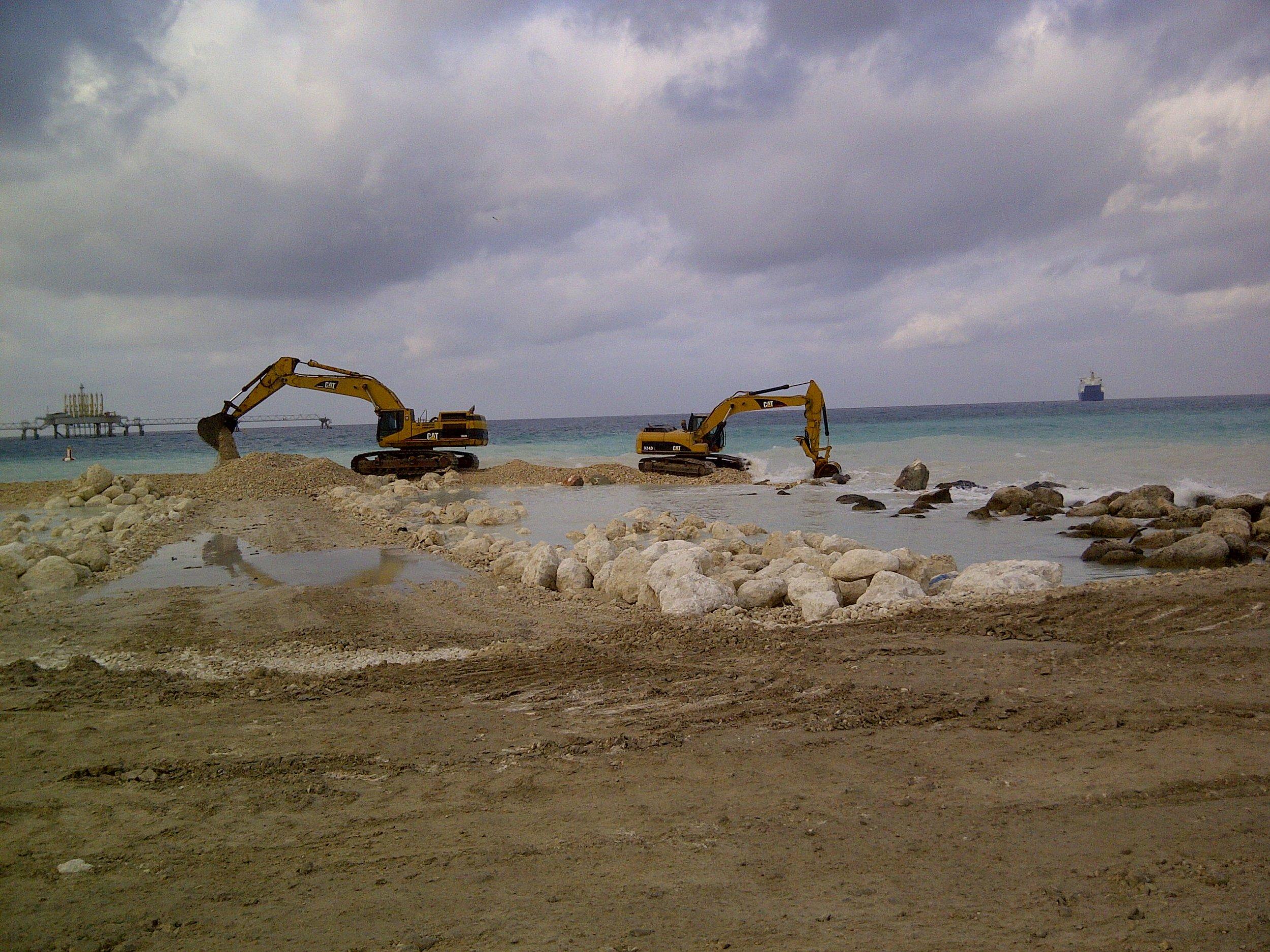 Excavators morning cleanup on 7&8.jpg