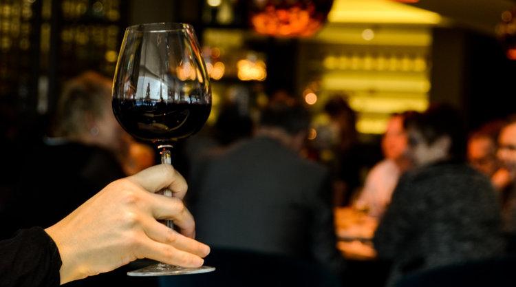 4-corks-wine-bar.jpg