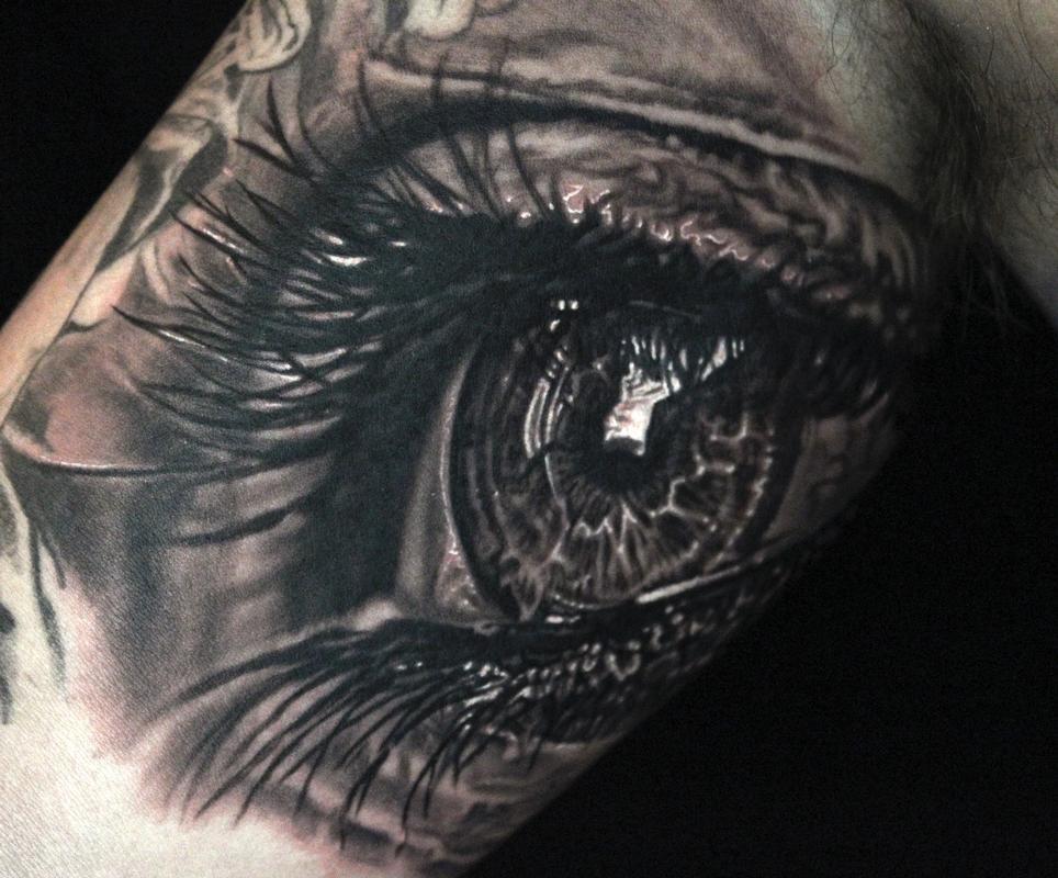 photorealistic eye tattoo.jpg