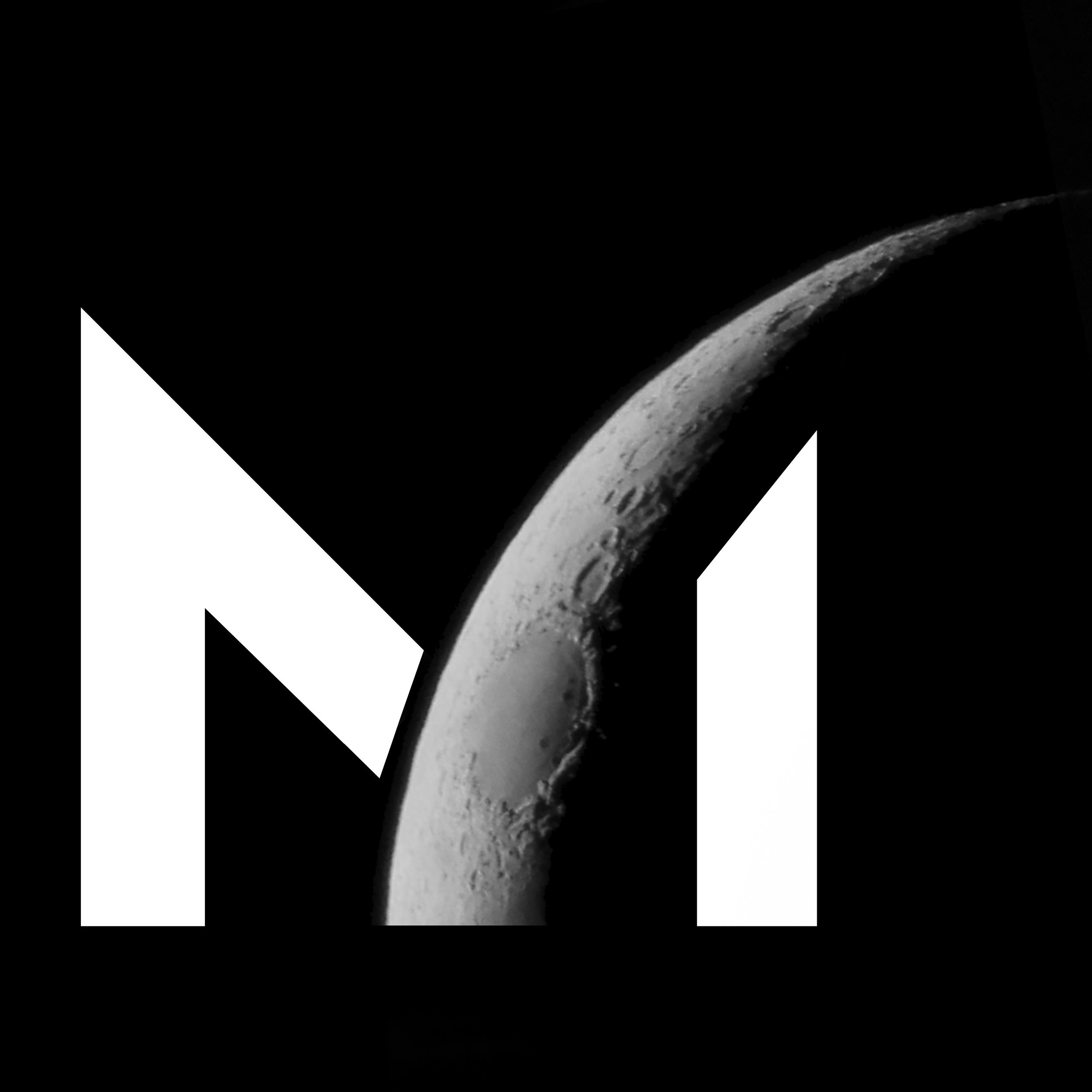 Masten M_Moon.jpg