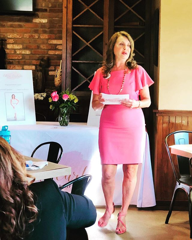 I had so much fun as Keynote Speaker for my networking group today Prince William Business Connections. We have such an amazing group who supports, inspires and encourages always! Today we had mimosas which made it extra special! . . . #networking #greatgroup #eileencarlucci #redesignyourlifecoach #fun #womeninbusiness #empowerment #the #outoftheblue #mimosas #entrepreneur #business #whitehouseblackmarket