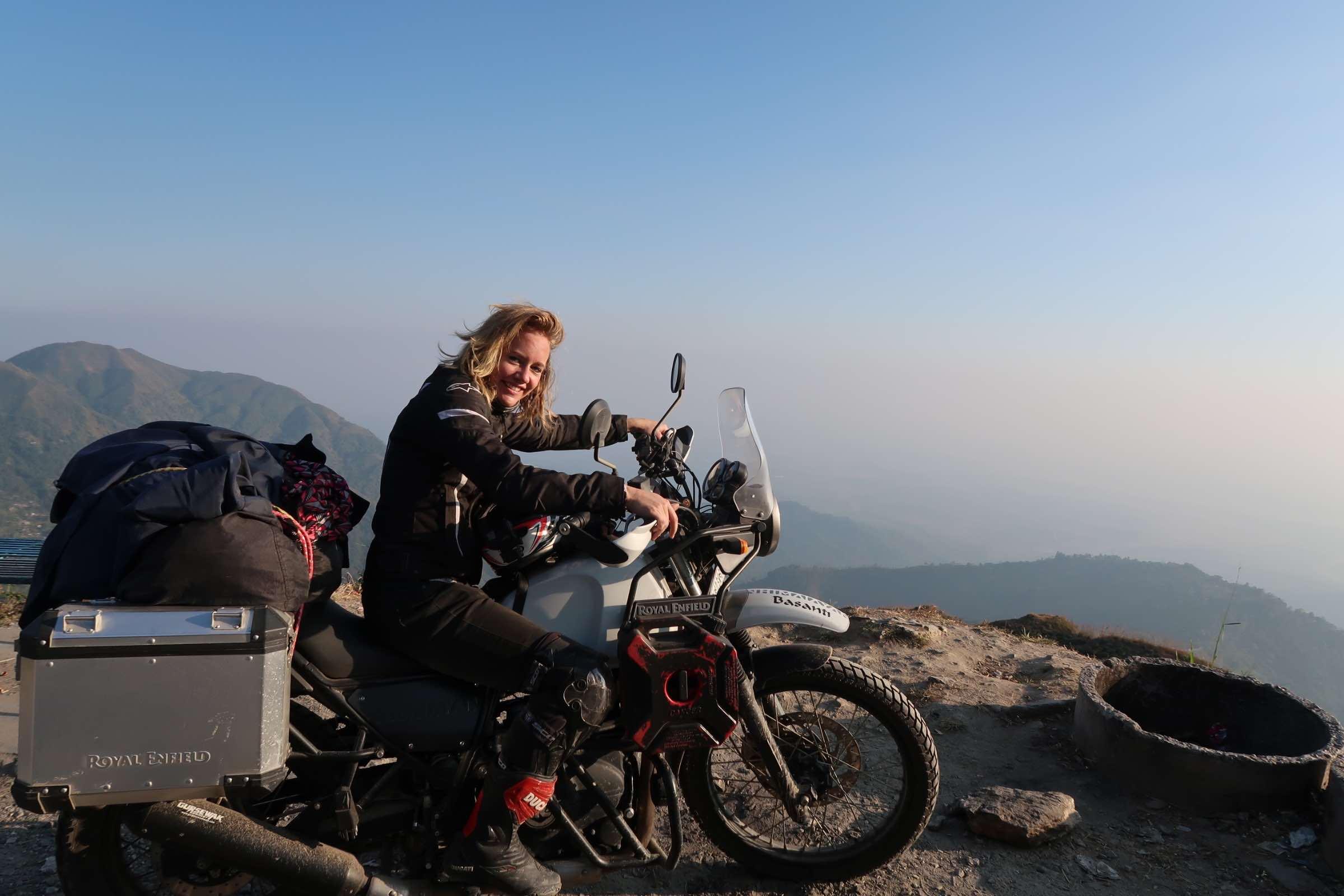 40 Kilometers before darjeeling - when life was still running smoothly