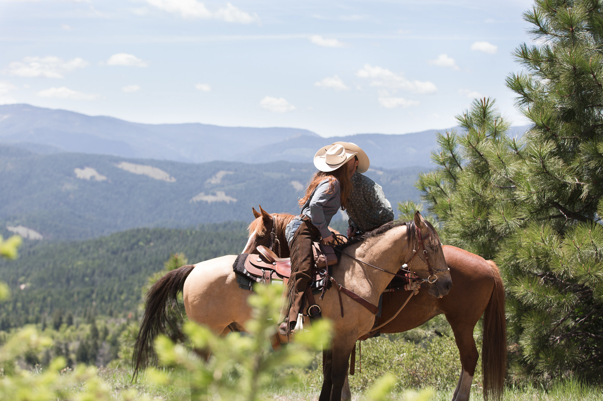 Romance on horseback at Greenhorn Ranch