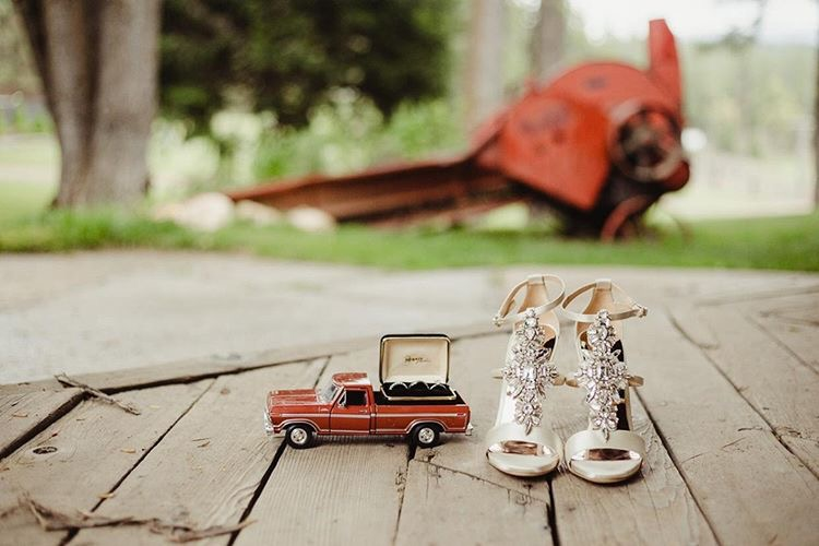 Cowboy Wedding Details