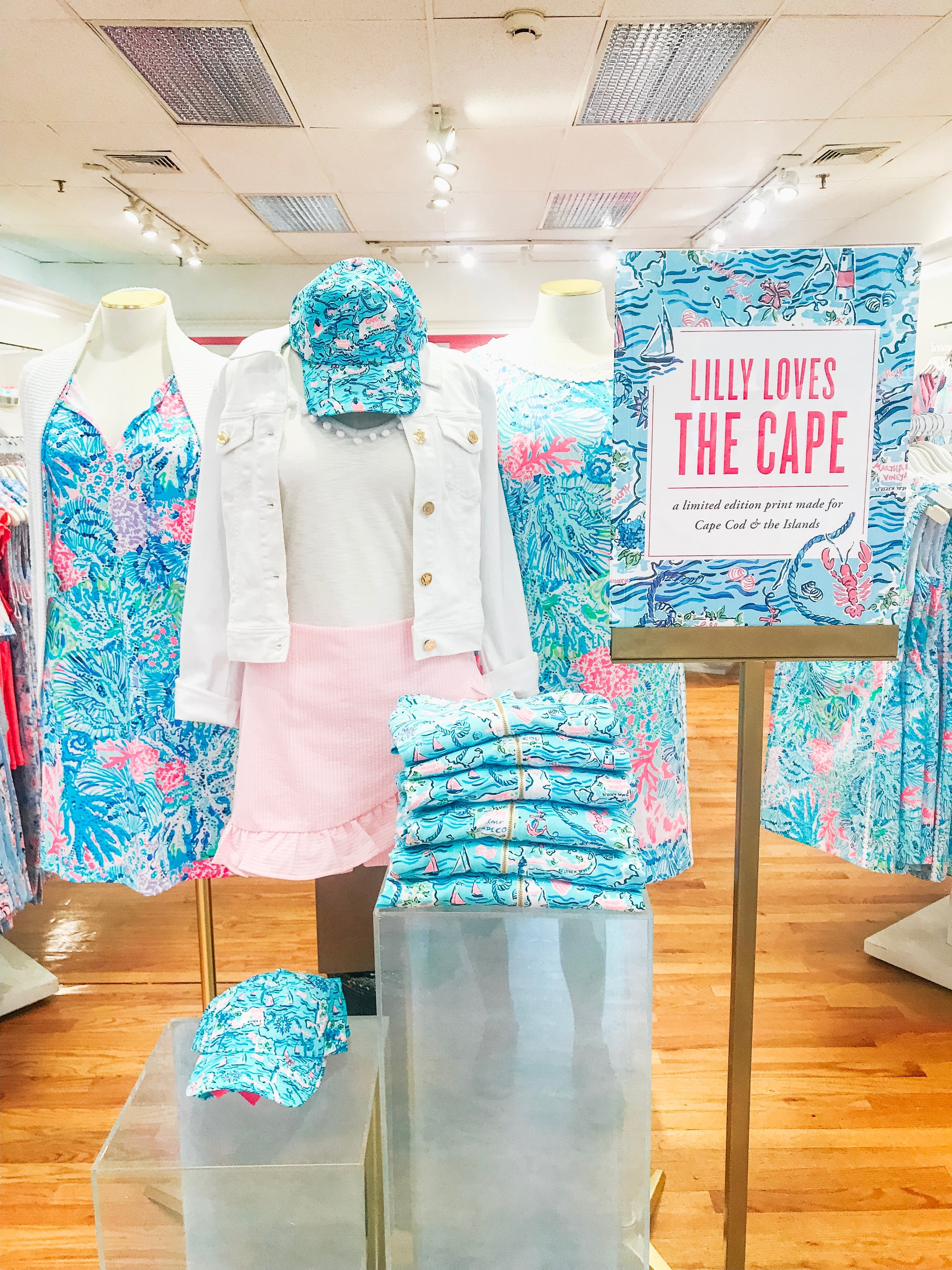 how cute is the Lilly pulitzer cape cod collection?!
