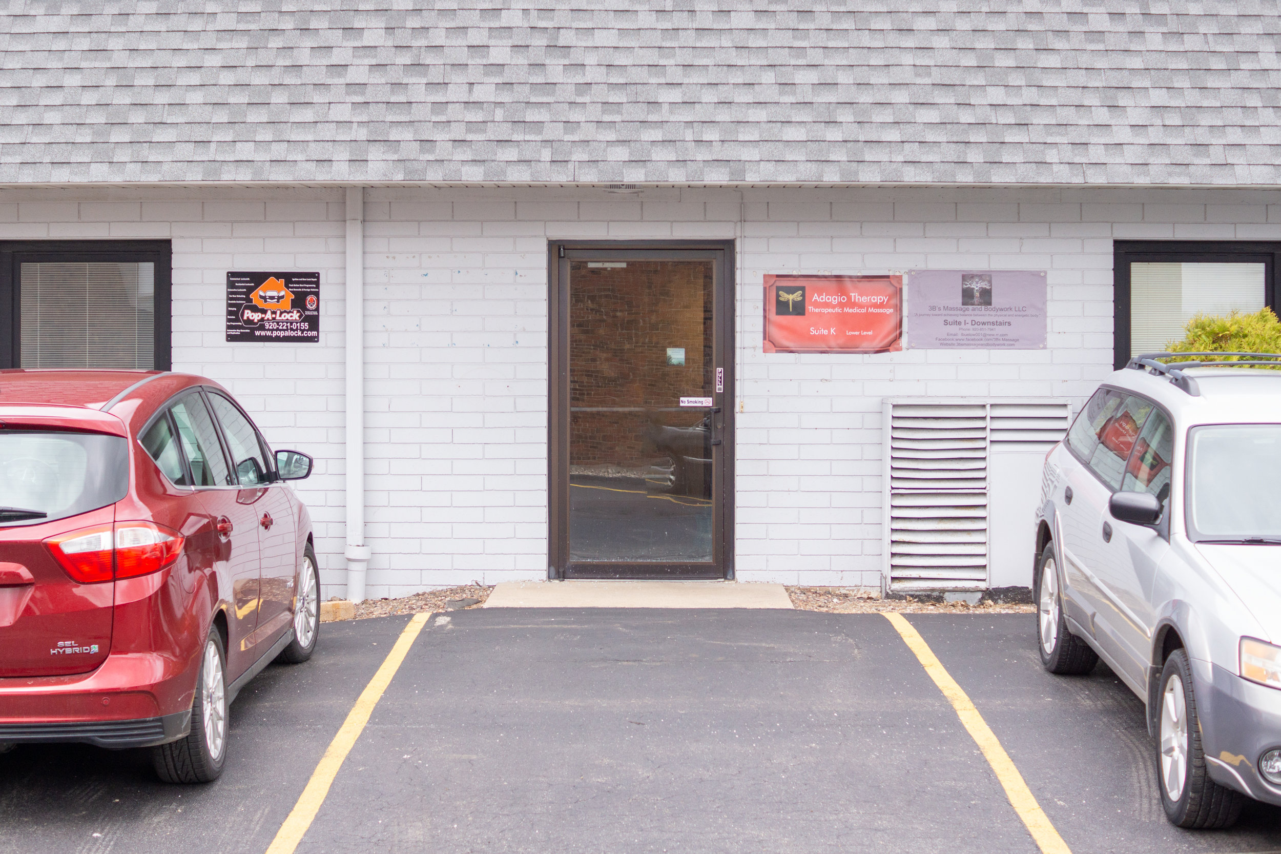 3B's Massage and Bodywork Entry Door