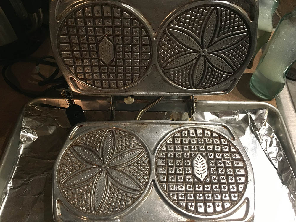 Classic Palmer Electric Pizzelle Maker