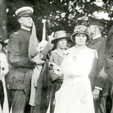"""""""The thinking women of this nation are also fighting with solemn joy—and are invincible."""" -from """"The Suffragist,"""" September 1918 #herstory #100yearsago"""