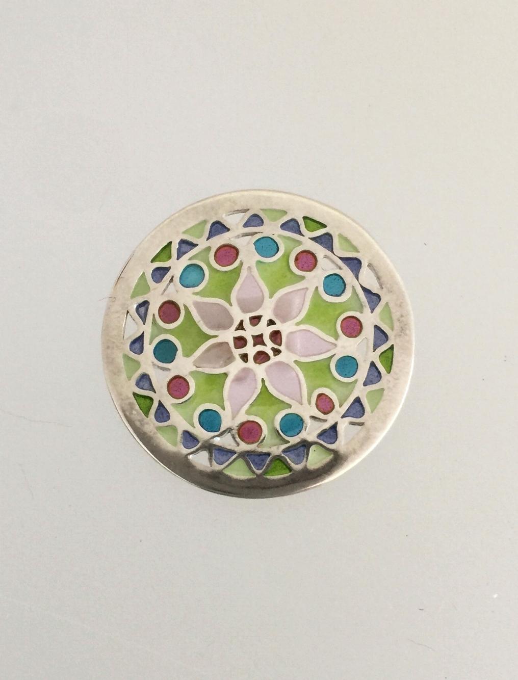 Kari's Button