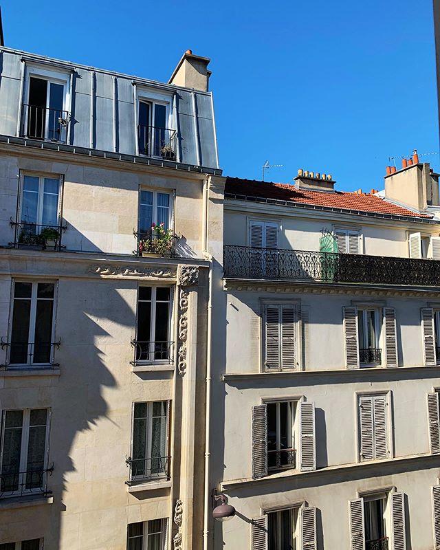 Paris Sundays 🇫🇷☀️#NeverComingBack #Paris