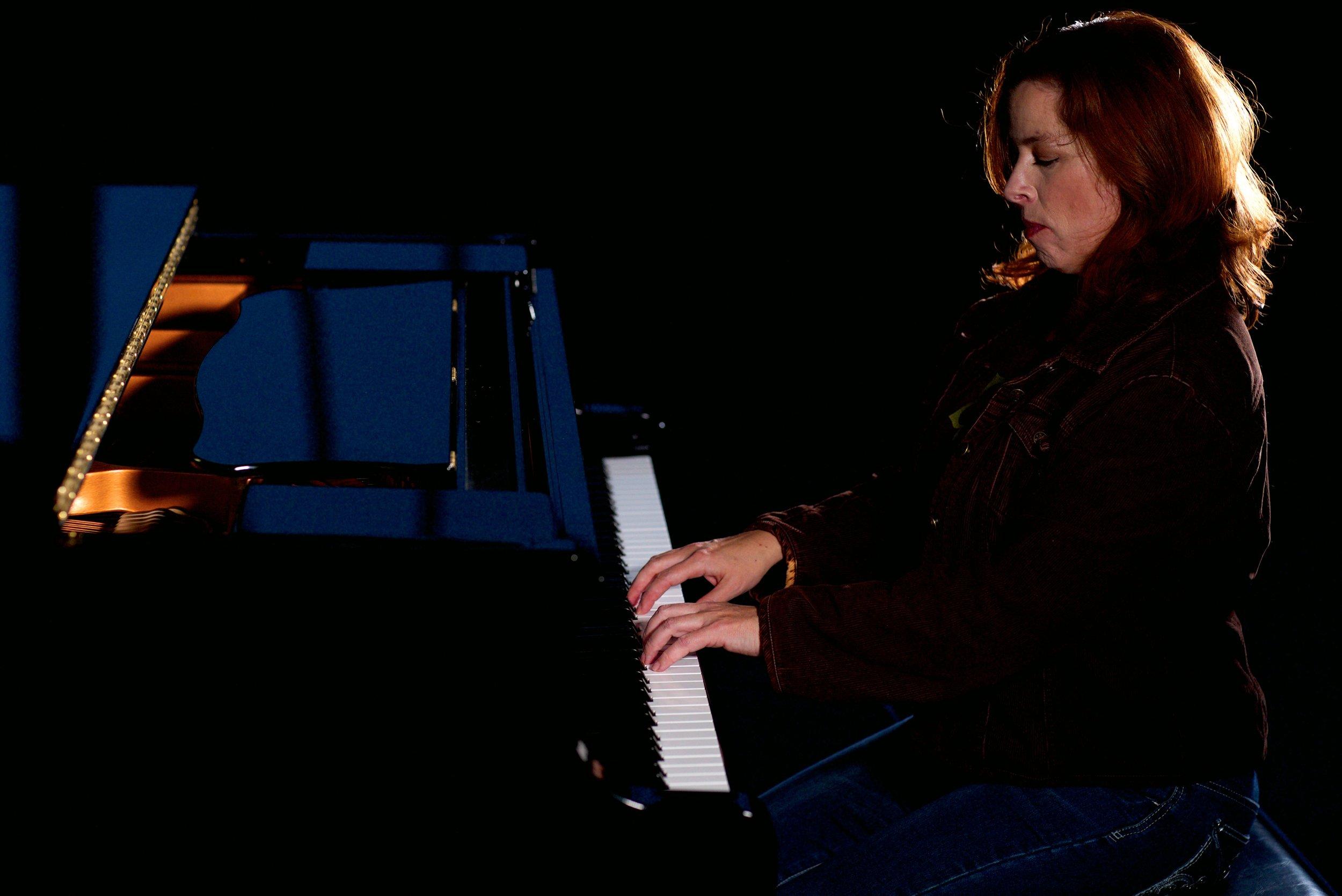 6. Rebecca Harrold, Pianist.jpg