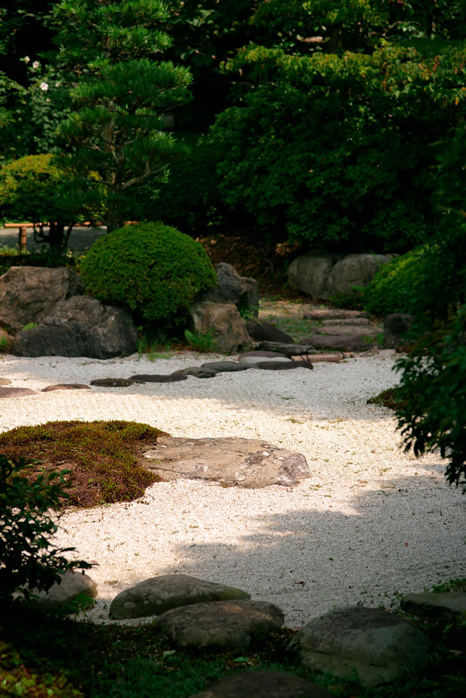 Japan_garden_copyright-melisdainon.jpg