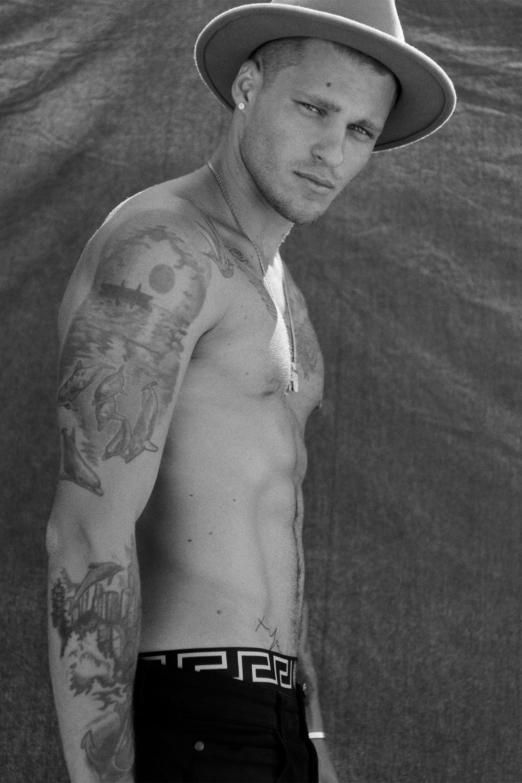 vadim-ivanov-tattoos-copyright-melis-dainon.jpg