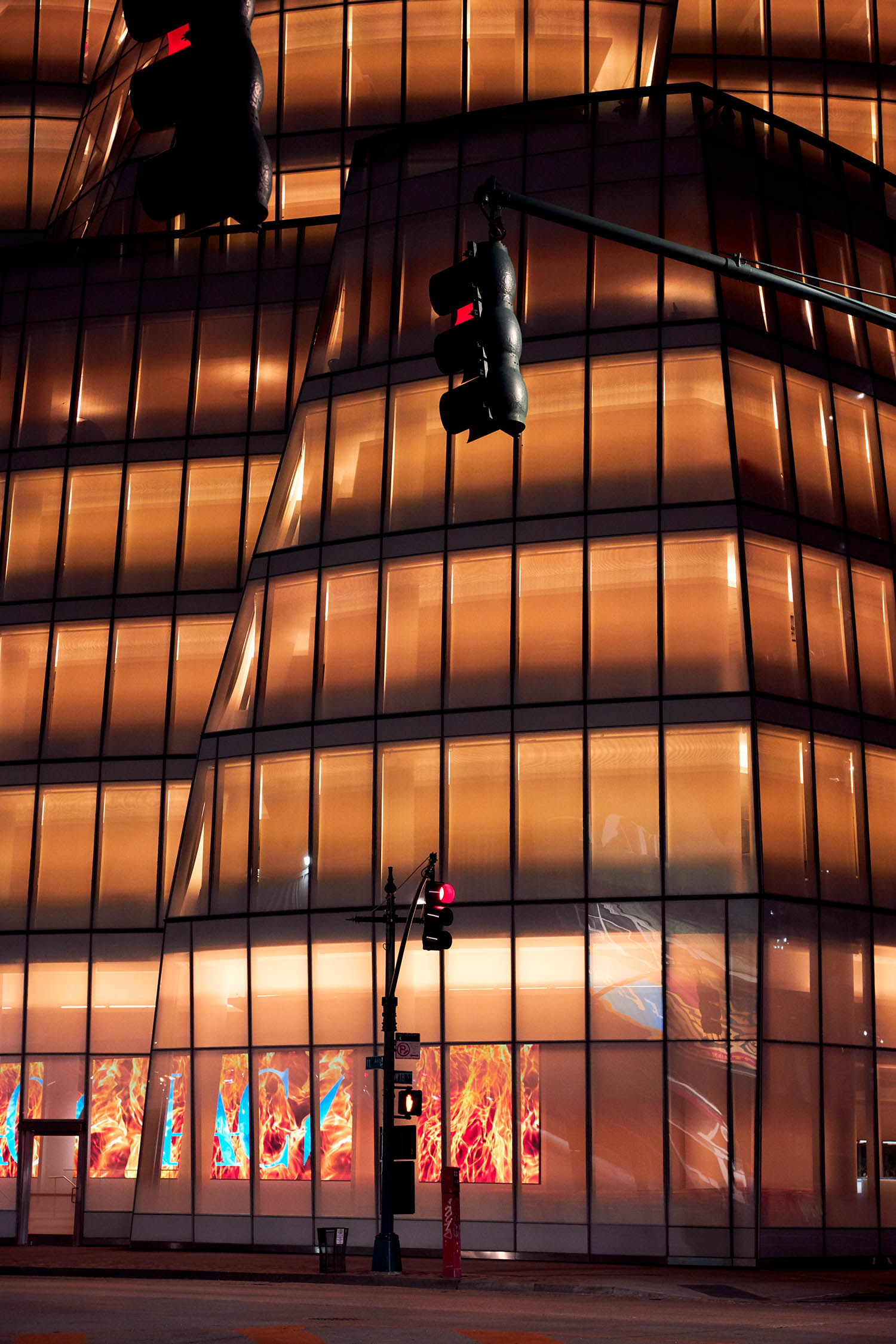 IAC X FRANK GEHRY—NYC