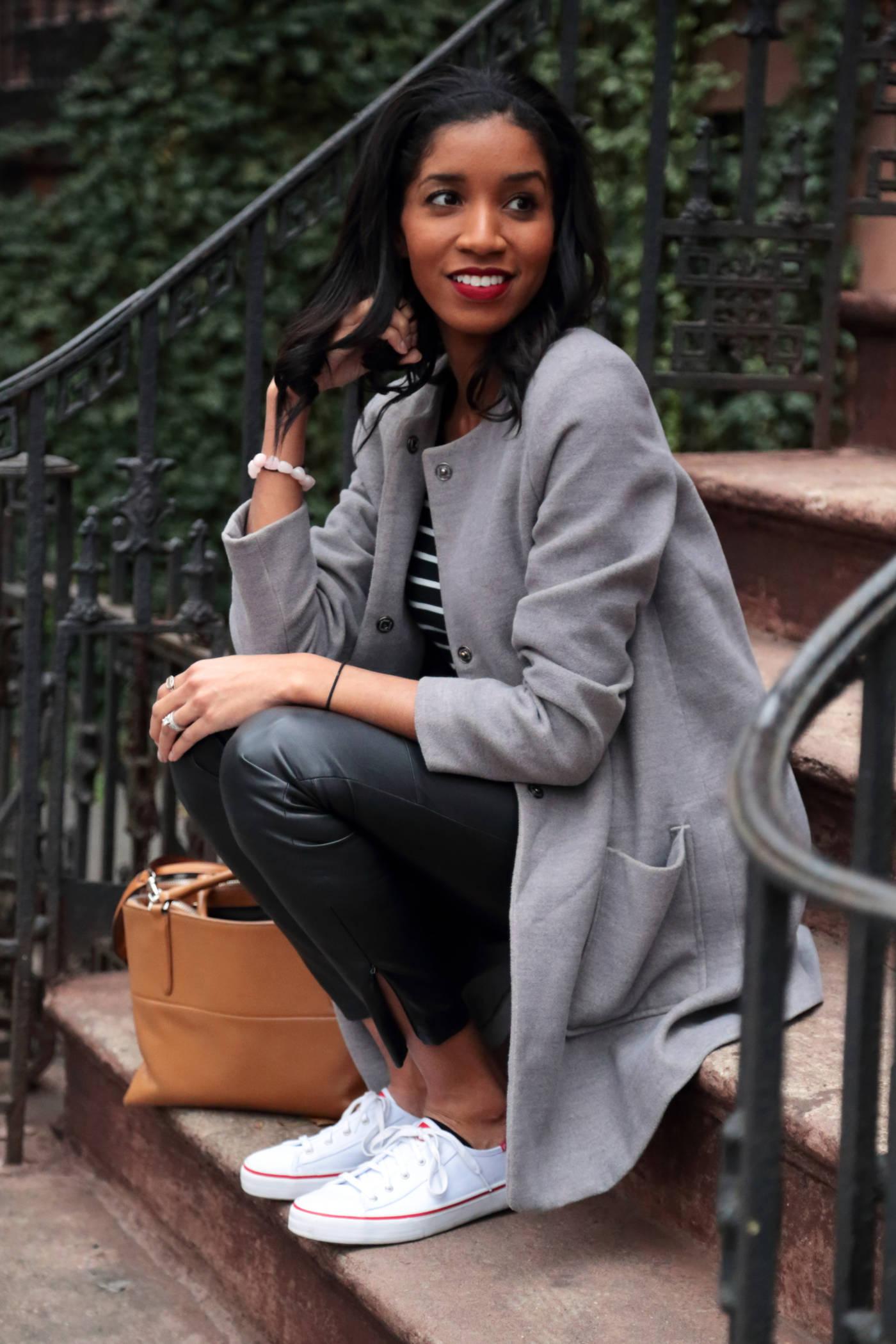 fall-grey-coat-outfit.jpg
