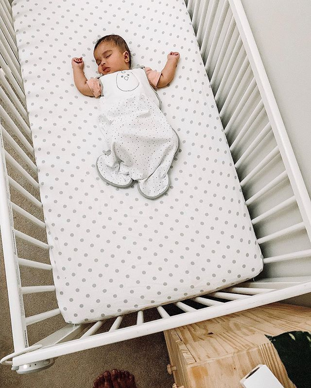 SLEEP. The hottest topic when you've got both a newborn and a toddler! New @deltachildren mattress? Check. Transition to sleep sack? Check. Crib naps? Check. We've laid the healthy foundations and now it's time to formally sleep train! Cue our friend Maggie from @getmooresleep. She's taking over my feed on Saturday to answer ALL of your sleep questions. I don't know about you but I've got plenty lol For Avery I need to know how to gently eliminate her last sleep crutch and for Arya we need foolproof toddler bedtime battle strategies. Yes you read that right - we find ourselves also retraining Arya to sleep through the night again too! Apparently that's normal when bringing home a new sibling, but ugh is it hard work. Got questions of your own? Drop em for Maggie on Saturday - she'll be here LIVE from 10-2pm 😉 #thisismotherhood #newmom #momlife #momlifeco #sleeptraining #babysleep #motherhood #newbaby #deltachildren