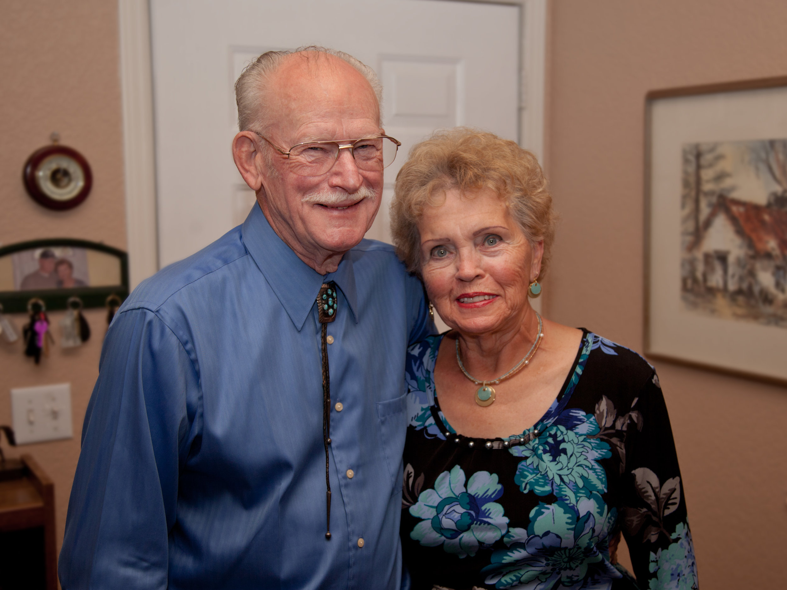 person-people-senior-citizen-arizona-family-grandparent-286678-pxhere.com.jpg