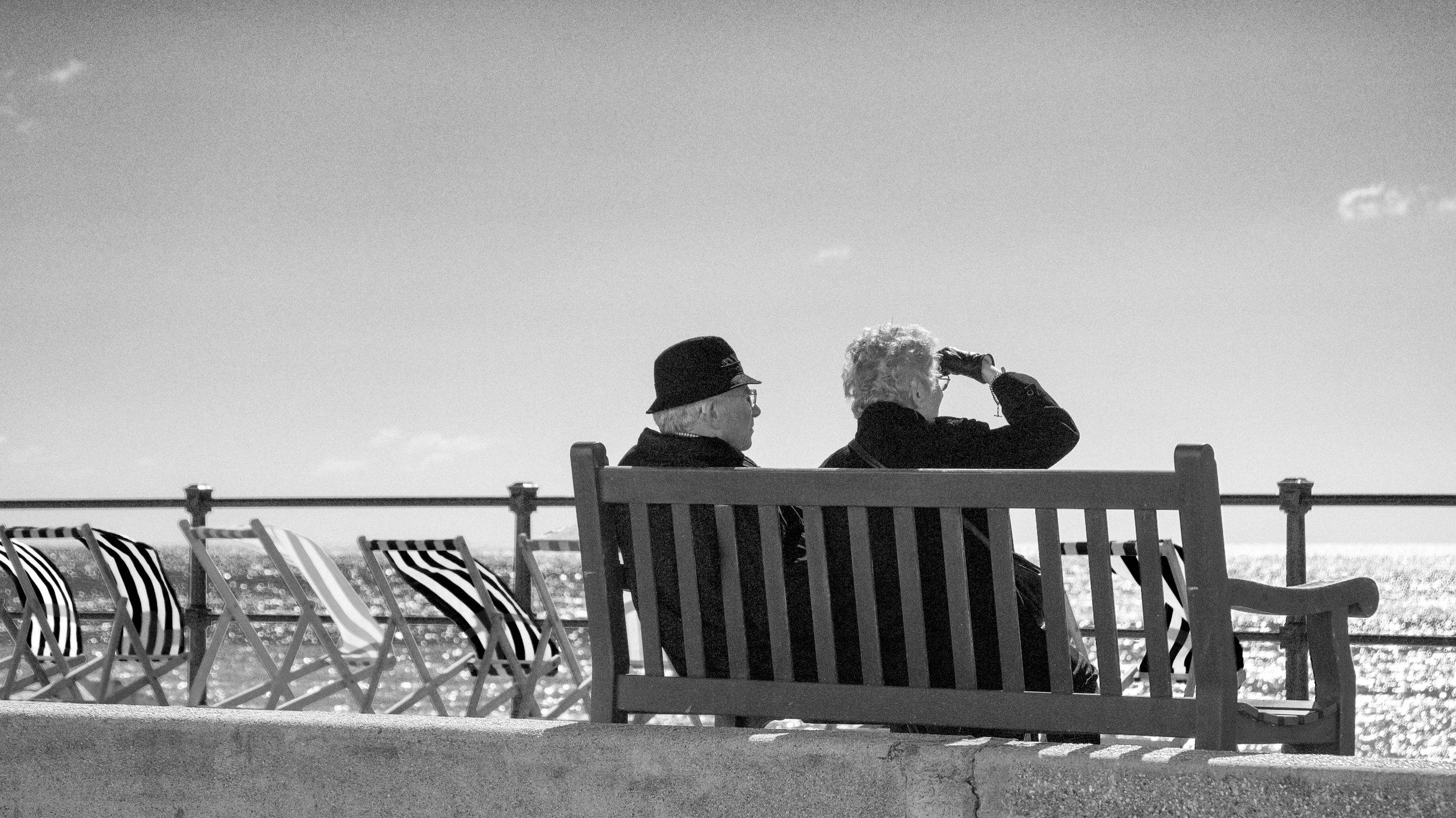 man-beach-sea-coast-black-and-white-people-630964-pxhere.com.jpg