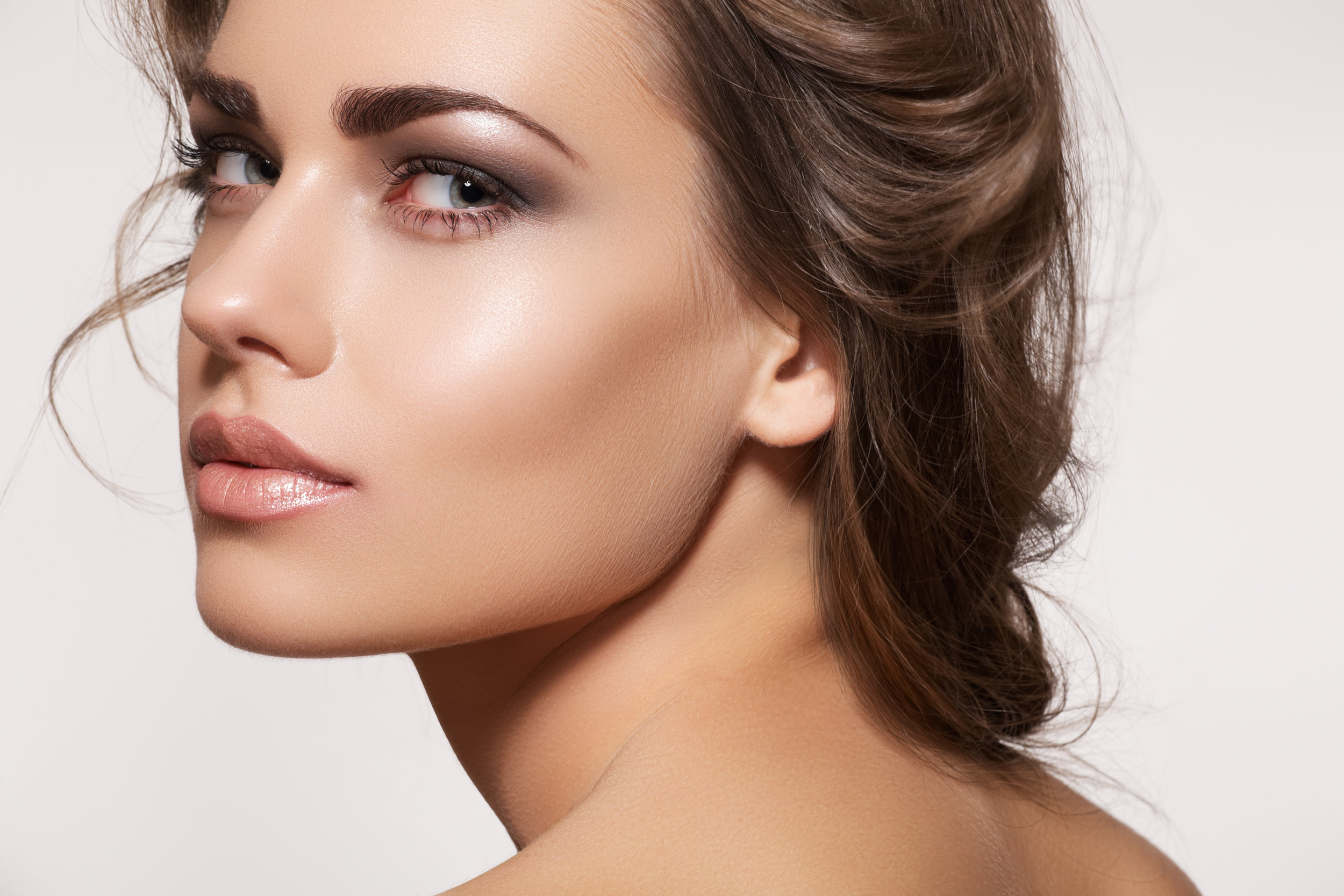Makeup Application - Providing fashion, style and personalized looks for every day, glamour, and bridal makeup.