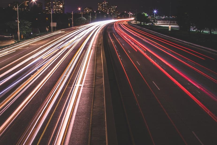 _SEO - Søkemotorer serverer millioner av brukere per dag med svar på deres spørsmål og løsninger for deres problemer. Her gjelder det å være synlig hvis du har et nettsted, en blogg eller en nettbutikk som ønsker å øke sin trafikk.