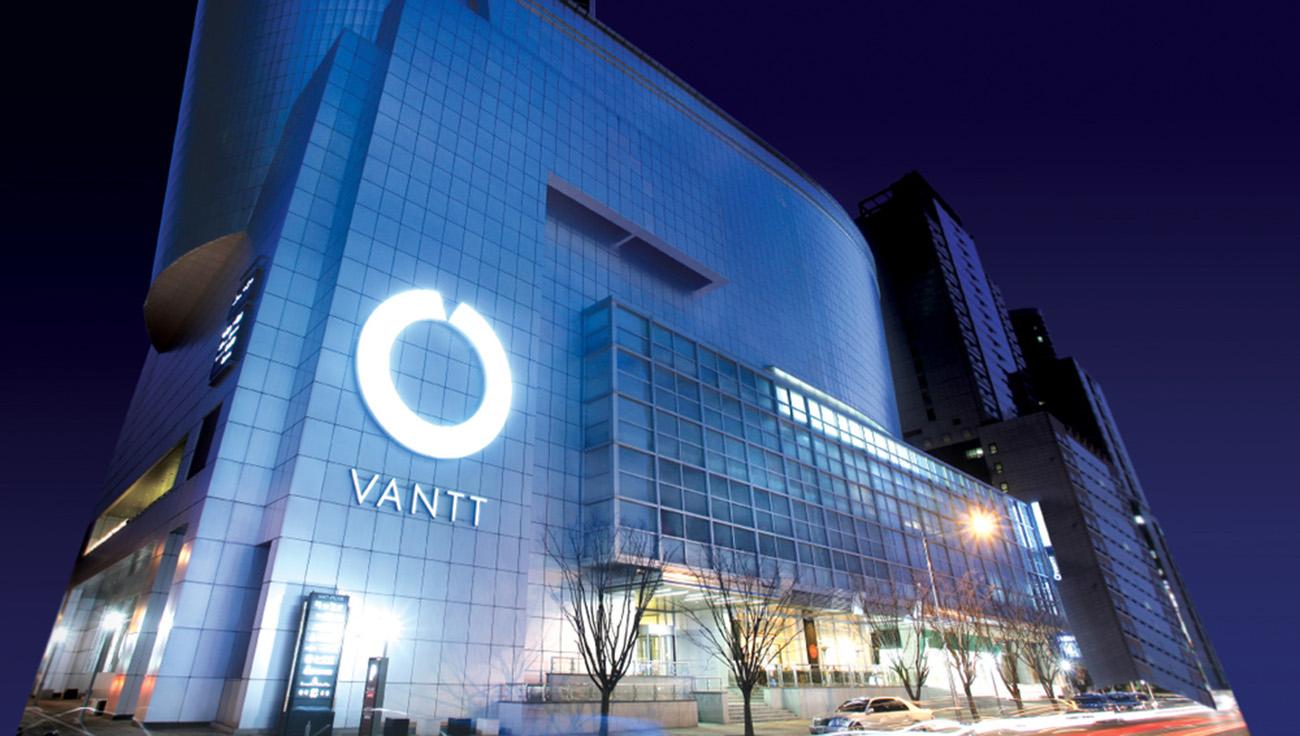 VANTT_03.jpg
