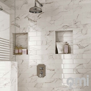 Statuario marble subway tiles now available in store @qmi_tile_and_stone  #statuariomarble #marbledpattern #subwaytiles #suppliedbyqmi #bathroom #bathroominspo #splashback #dunsborough #swbuilding