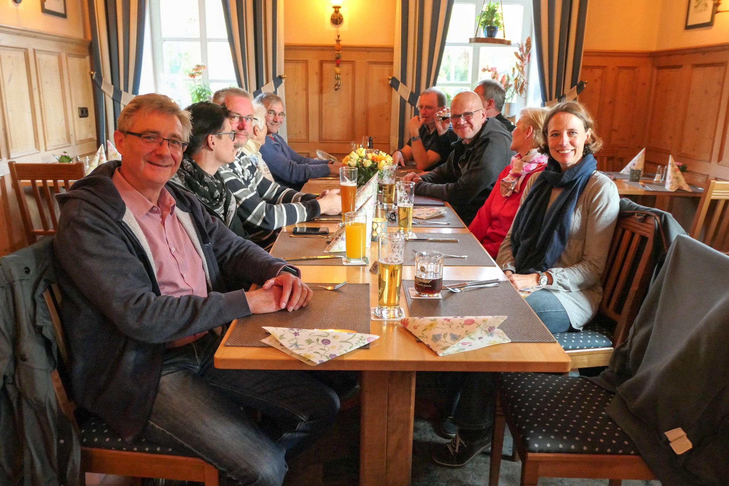 maiwanderfahrt-weser-2019-2_0089_2019-04-28_18-47-24.jpg