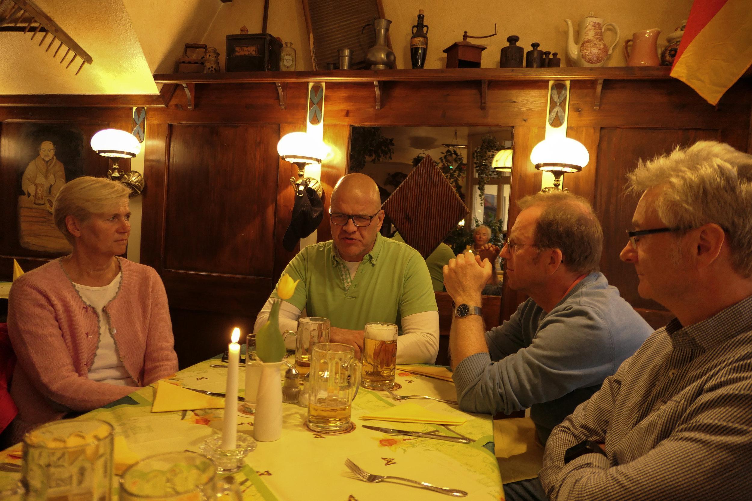 maiwanderfahrt-weser-2019-2_0155_2019-04-29_19-13-13.jpg