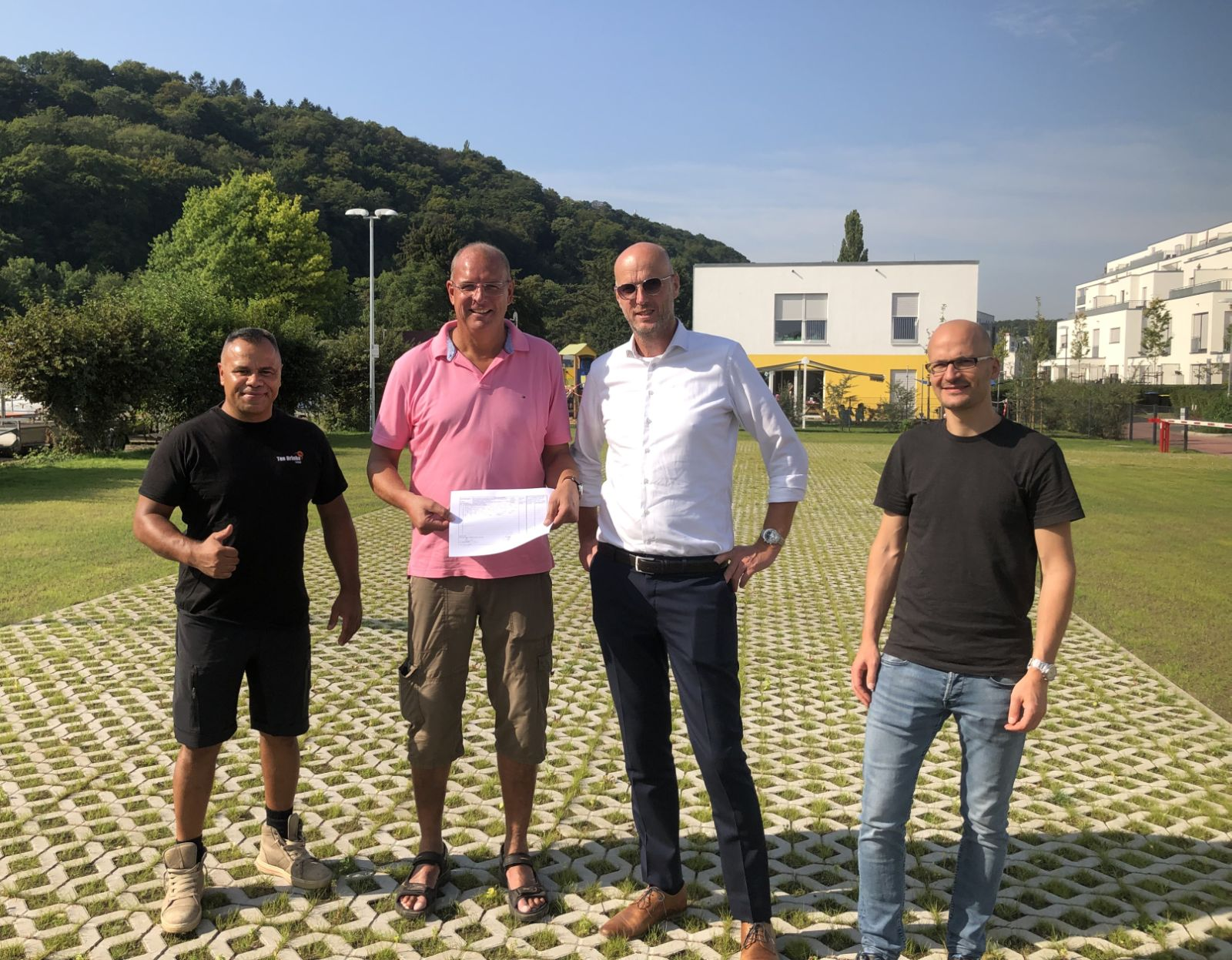 Richard Letsoin (Polier TenBrinke), Boris Orlowski, Jan Renskers (Projektleiter TenBrinke), Joel Jerrentrup (Fa. Monheimius)