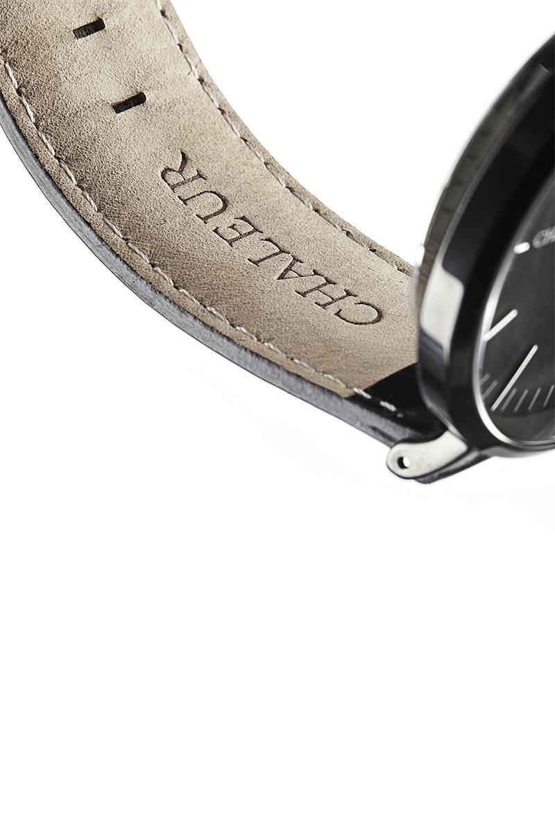 Chelaur-watch-black-leather-detail-3.jpg