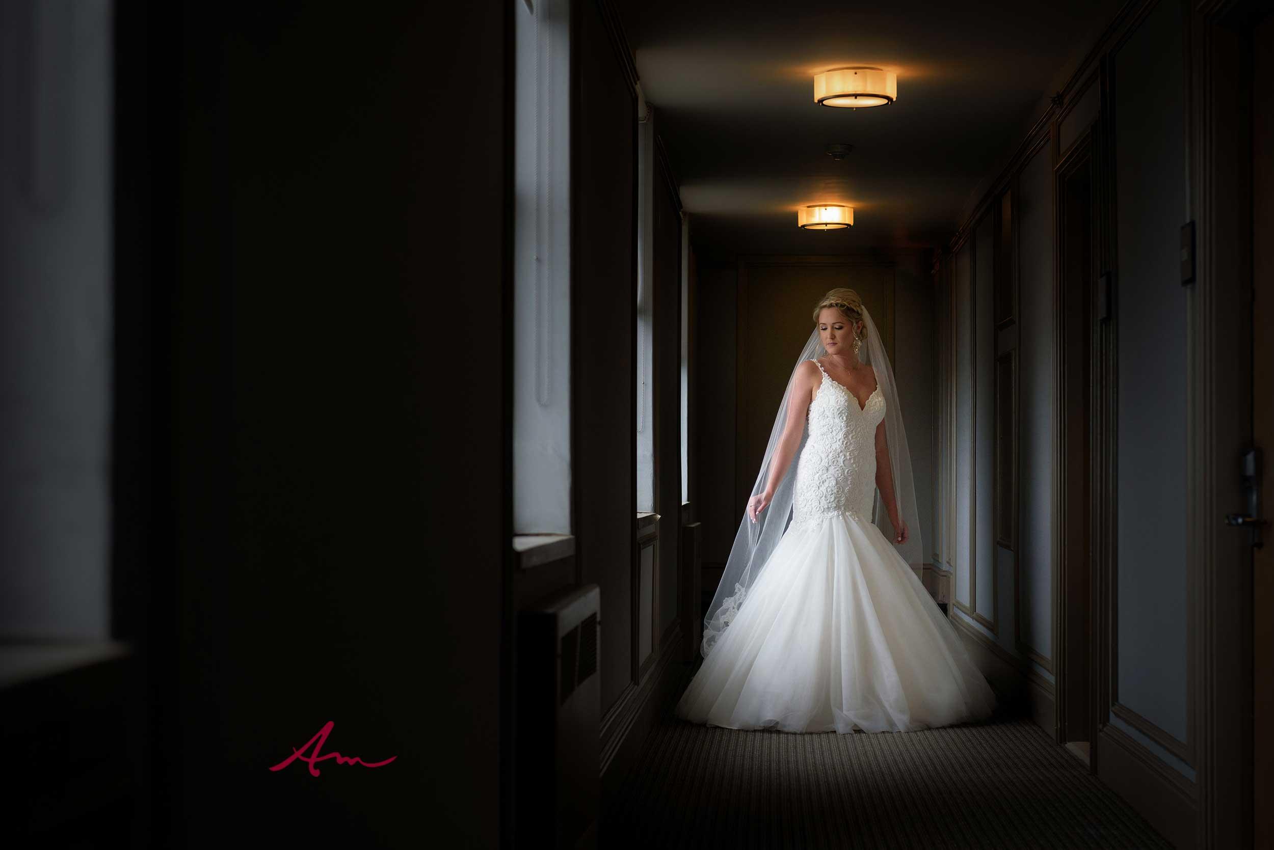 halifax-bride-westin-hallway.jpg