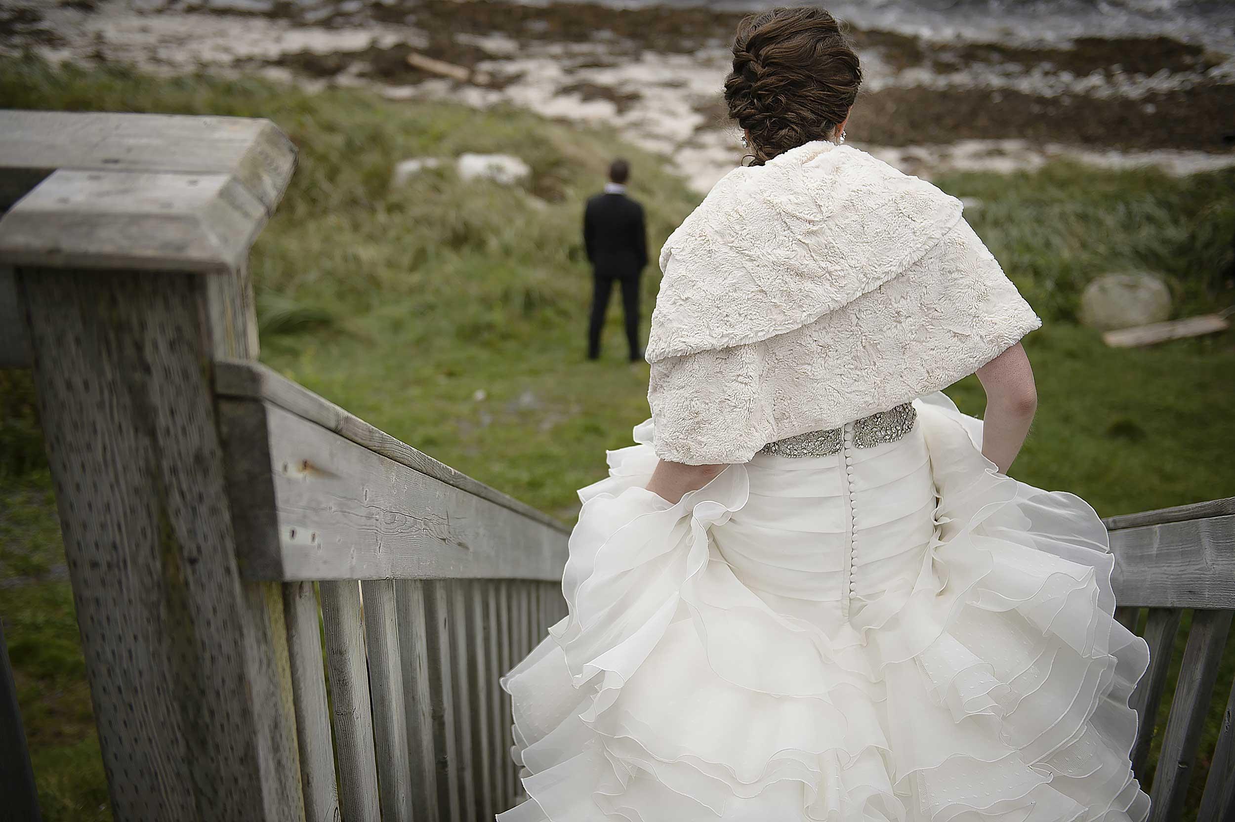 oceanstone-wedding-first-look.jpg