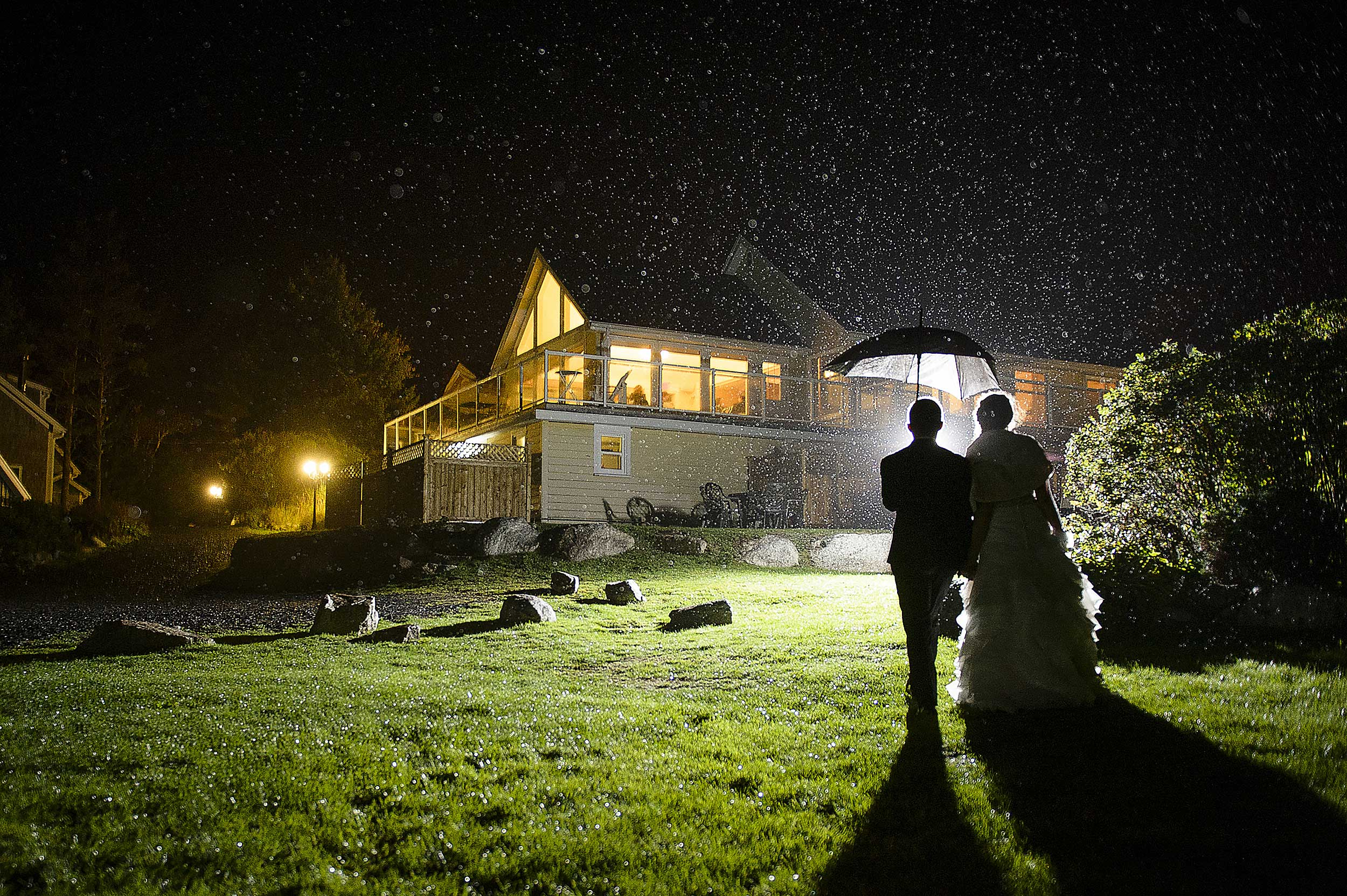 oceanstone-wedding-rain-night-walk.jpg