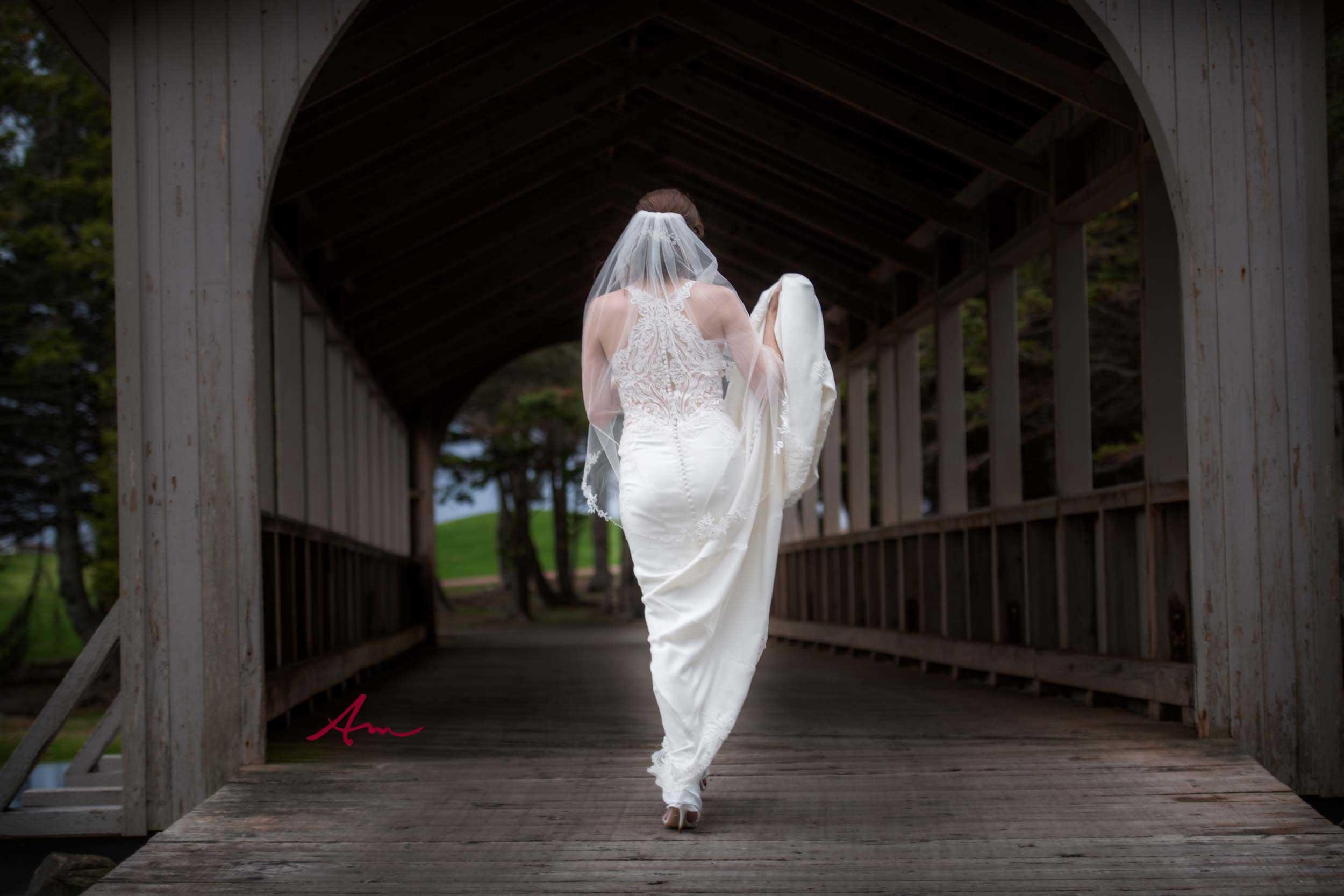 Fox-Harbour-Wedding-Bride-Covered-Bridge.jpg
