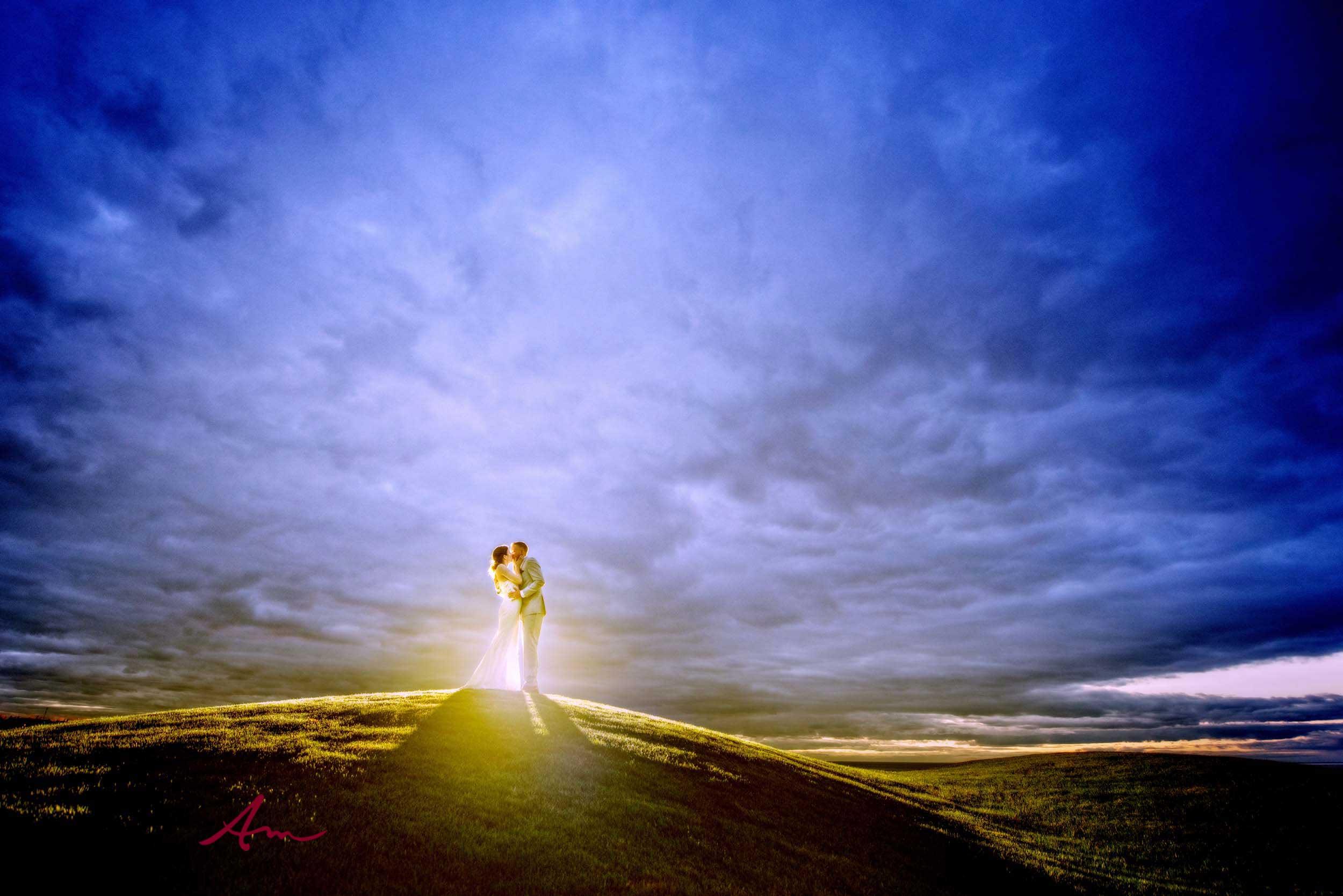 Fox-Harb'r-Wedding-Kiss-Sunset.jpg