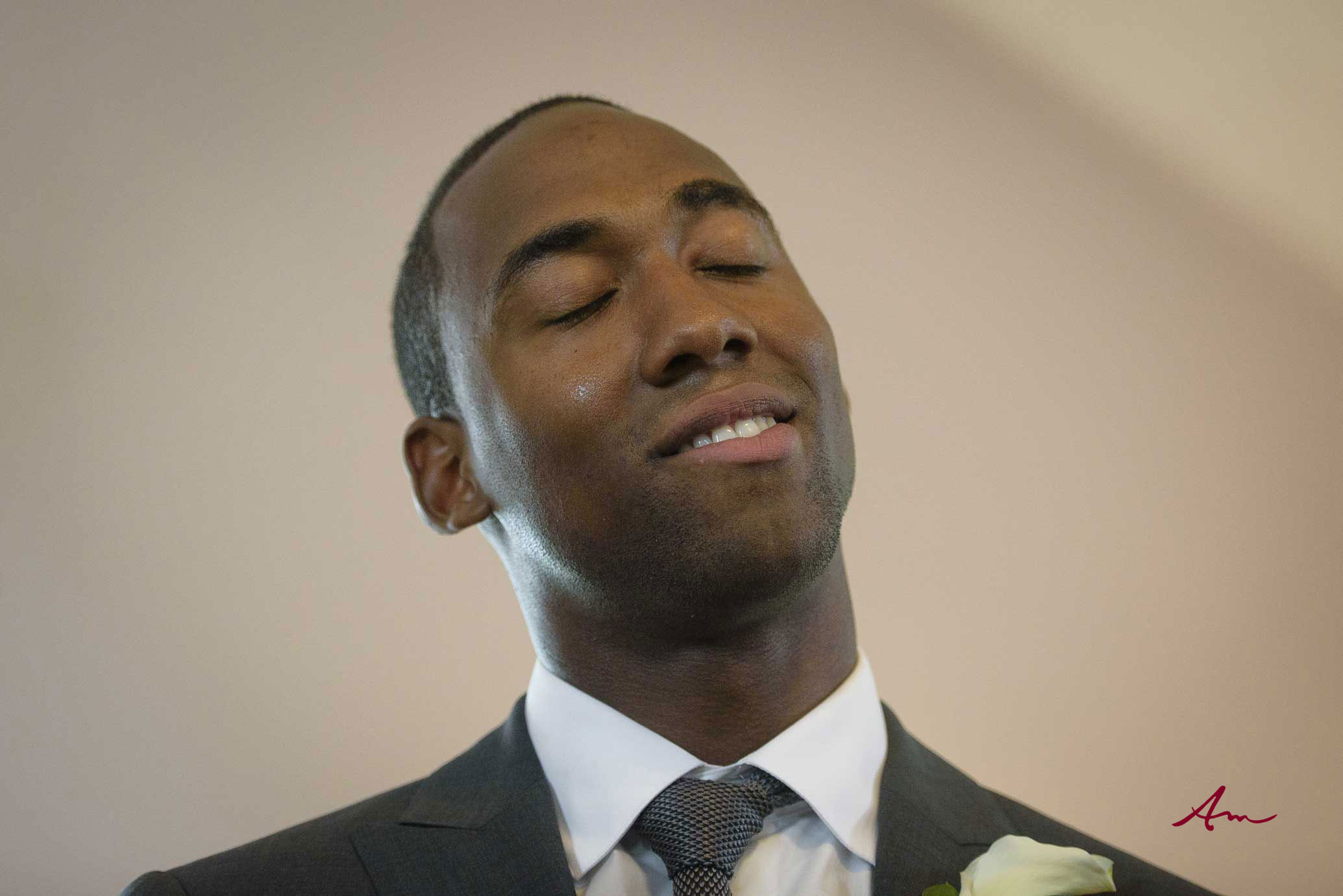 Liscombe-wedding-groom-first-look.jpg