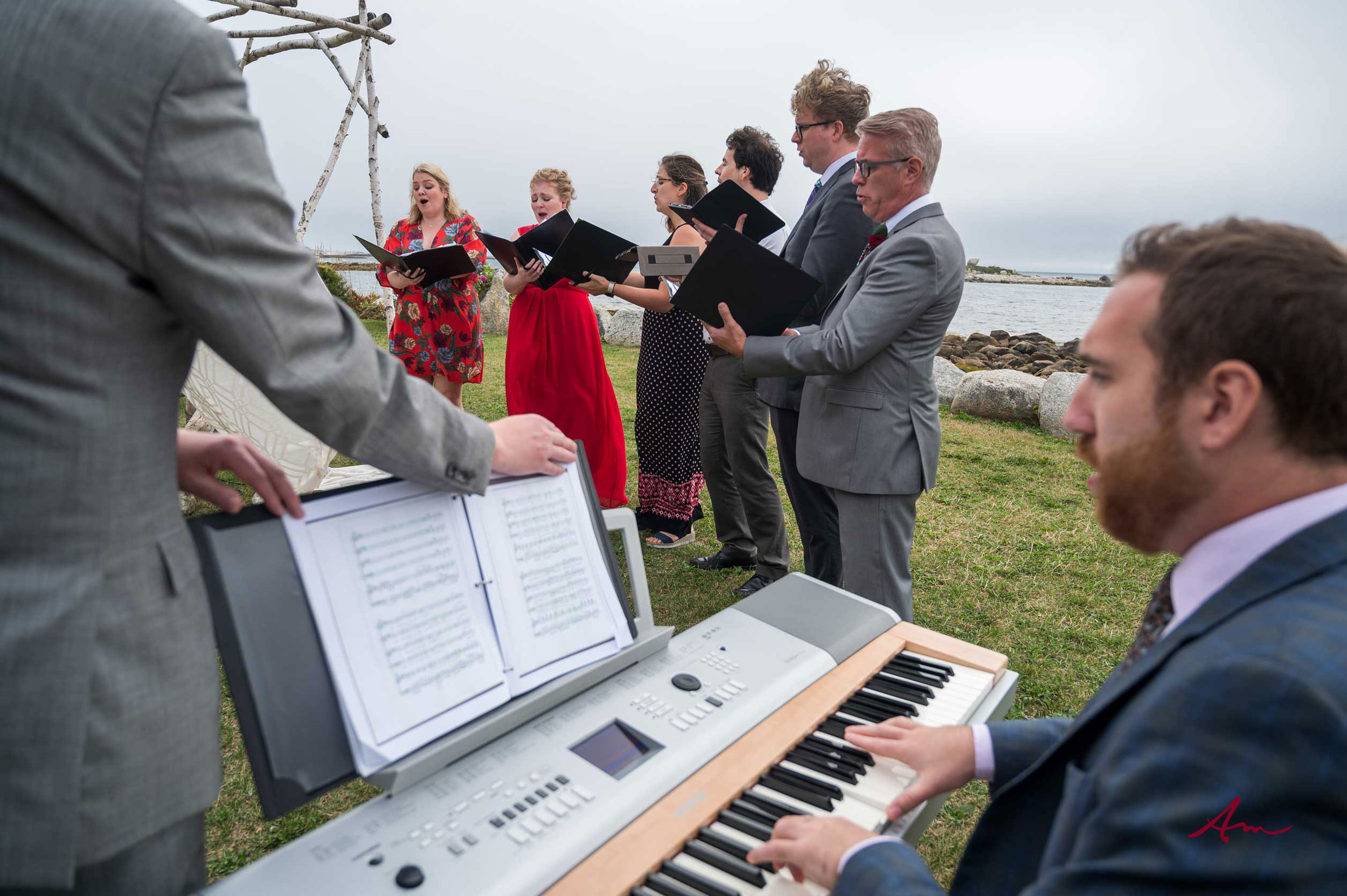 Hard to beat having a Concert Pianist and Choir playing at your wedding.
