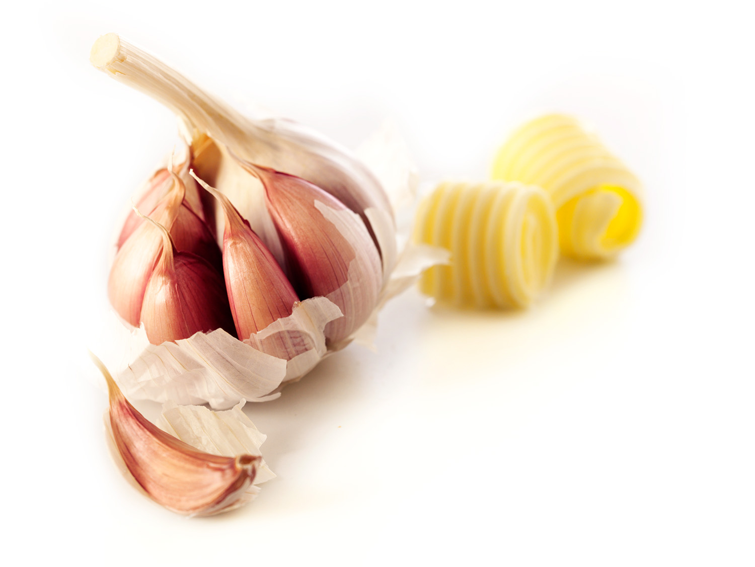 garlic_bulb_and_butter_curls_1500px.jpg