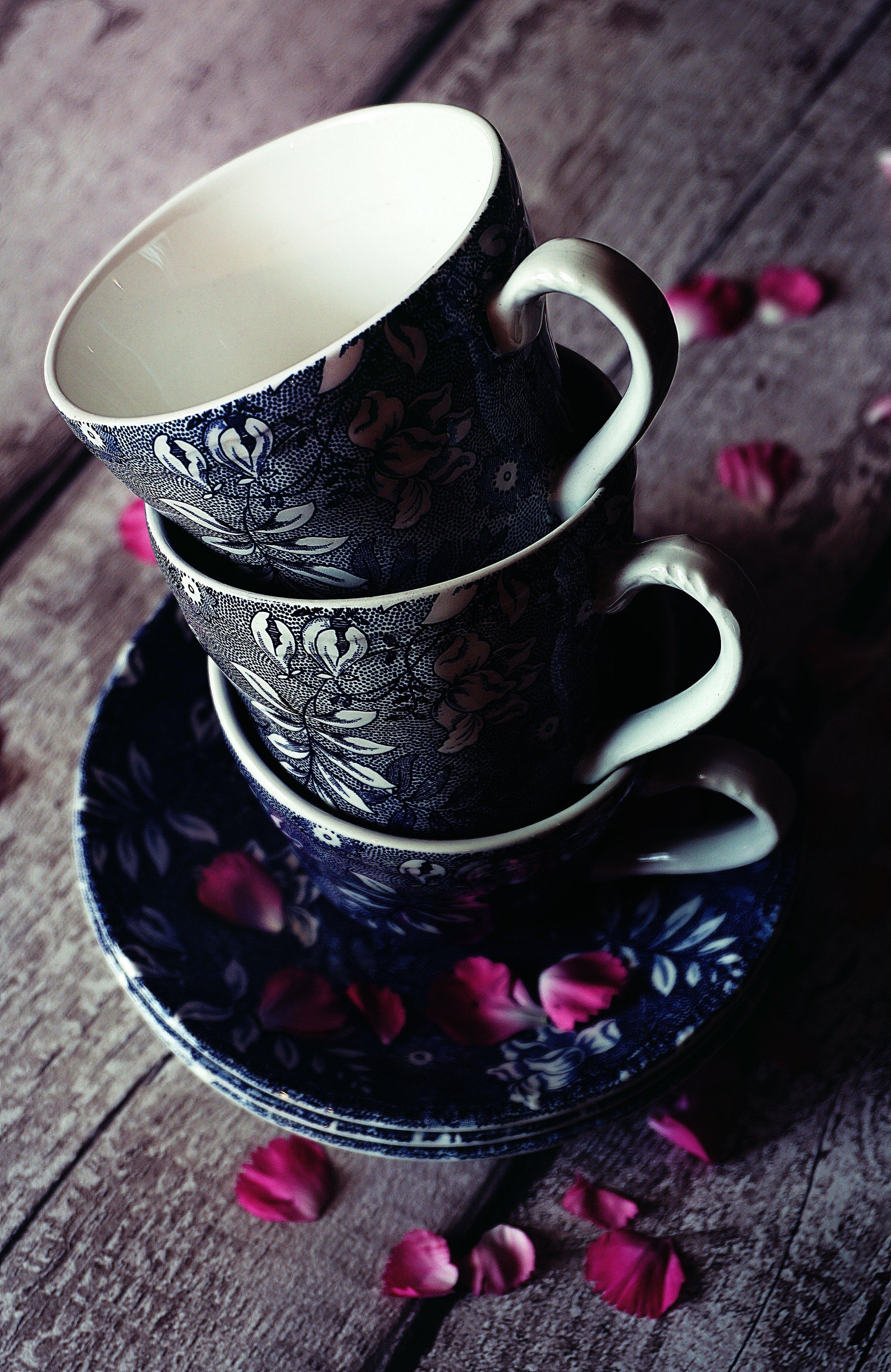 breakfast-close-up-cups-1458097.jpg
