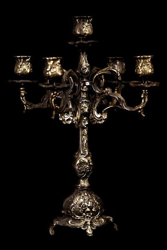 antique-french-candle.png