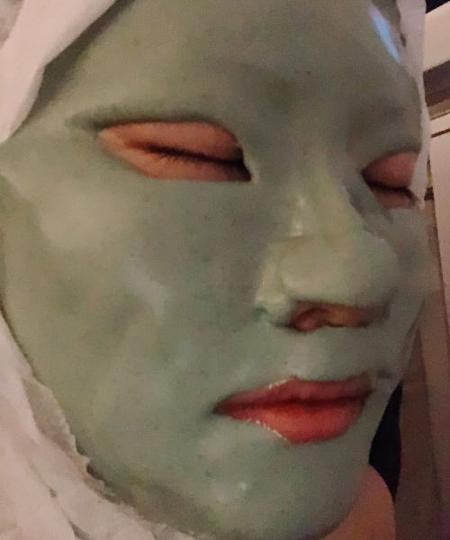 DRx Medispa Deep Cleansing Facial included a Therapeutic Facial Mask