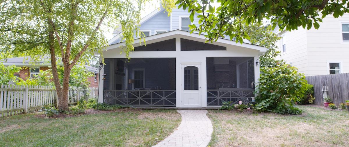 Porch 00008.jpg