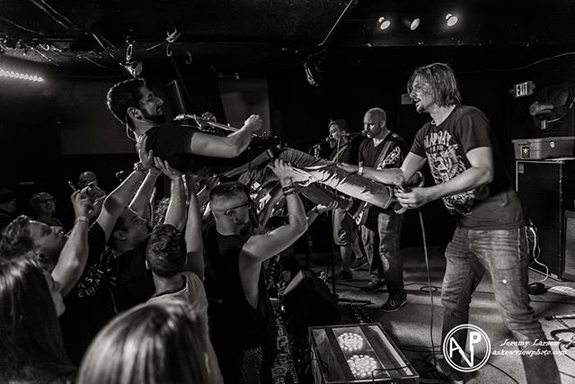 """Here are some of our favorite shots from the """"All Rise"""" EP release show! 📷:@askewviewphoto . . . . #allrise #ep #armsforelephants #metal #rock #mn #liveband #concertphotography #concert #posthardcore #fog #crowd #party"""