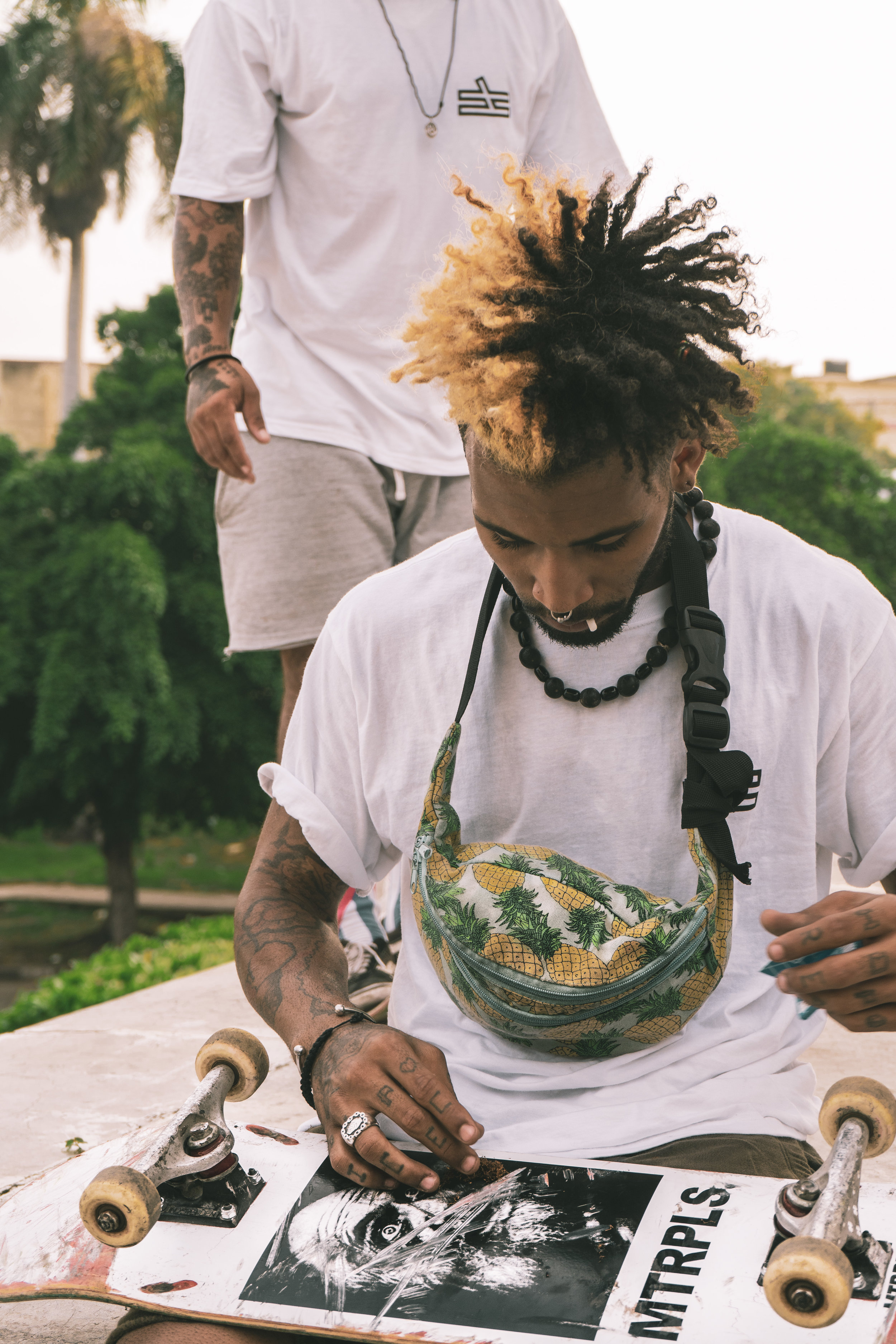 Our Story - Centro is a streetwear brand inspired and created by the street art and skater communities of Havana, Cuba.