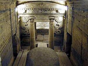 Alexandria_catacombs_principal_tomb_tb_n110800-300x225.jpg