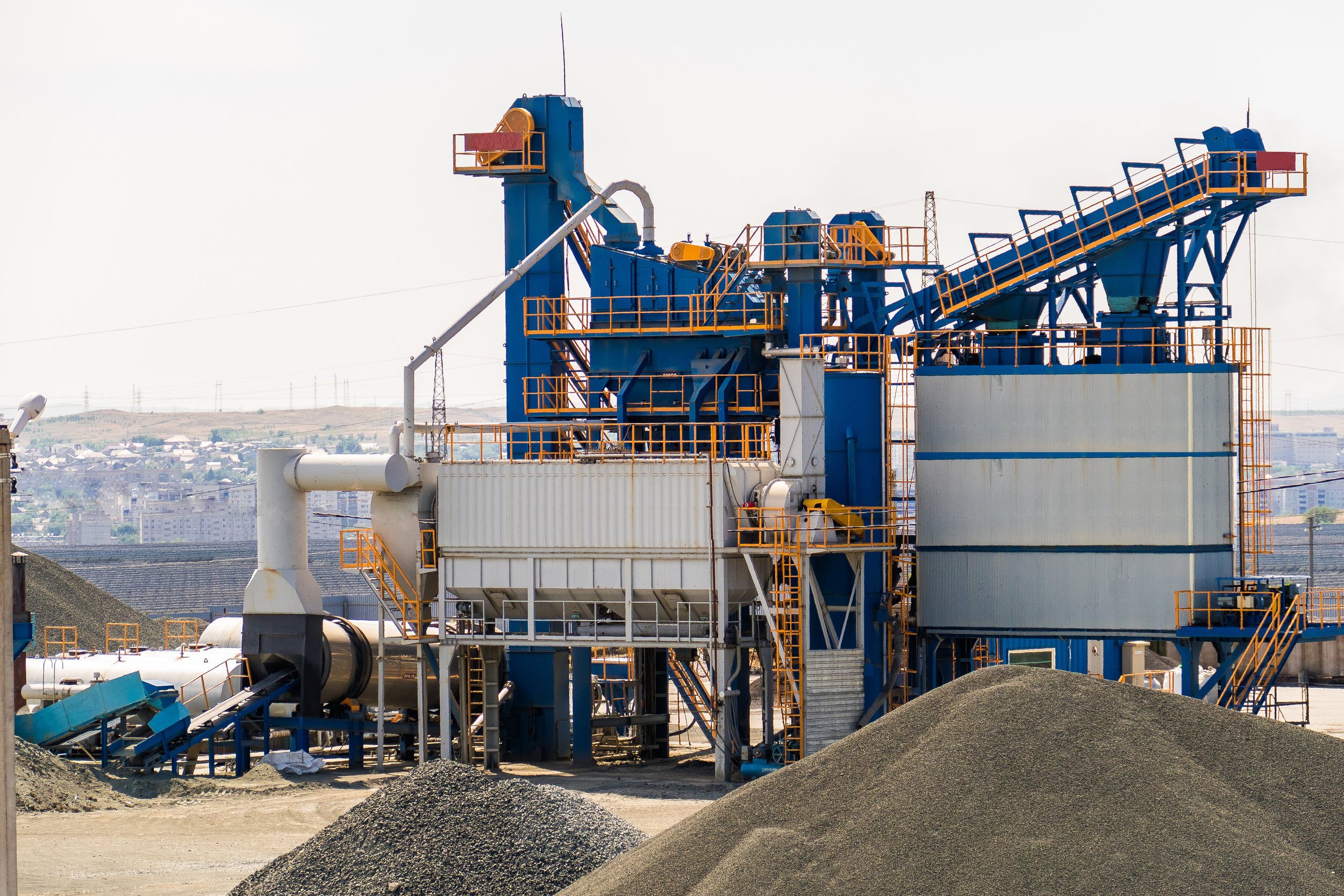 Cement_Plant_GettyImages-824809468.jpg